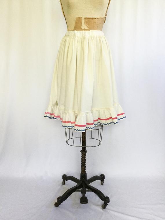 Vintage Edwardian Petticoat | Vintage Edwardian Cotton Ruffled Under Skirt | 1900's Rickrack Trimmed Cotton Skirt In White Ruffled Sheer Petticoat Tier Pairs (View 7 of 25)