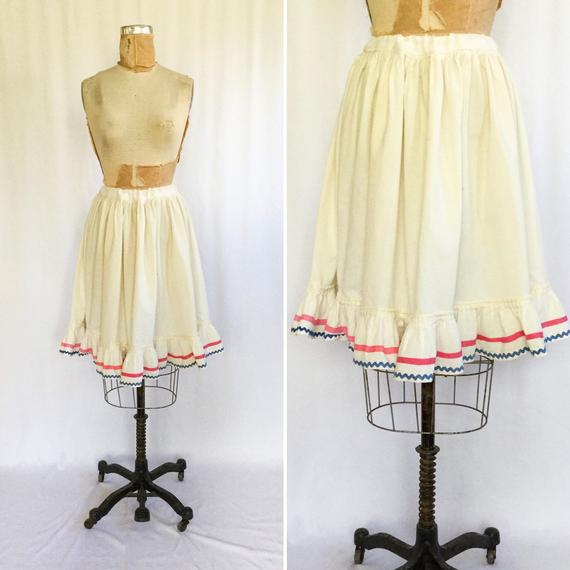 Vintage Edwardian Petticoat | Vintage Edwardian Cotton Ruffled Under Skirt  | 1900's Rickrack Trimmed Cotton Skirt Pertaining To White Ruffled Sheer Petticoat Tier Pairs (Photo 13 of 25)