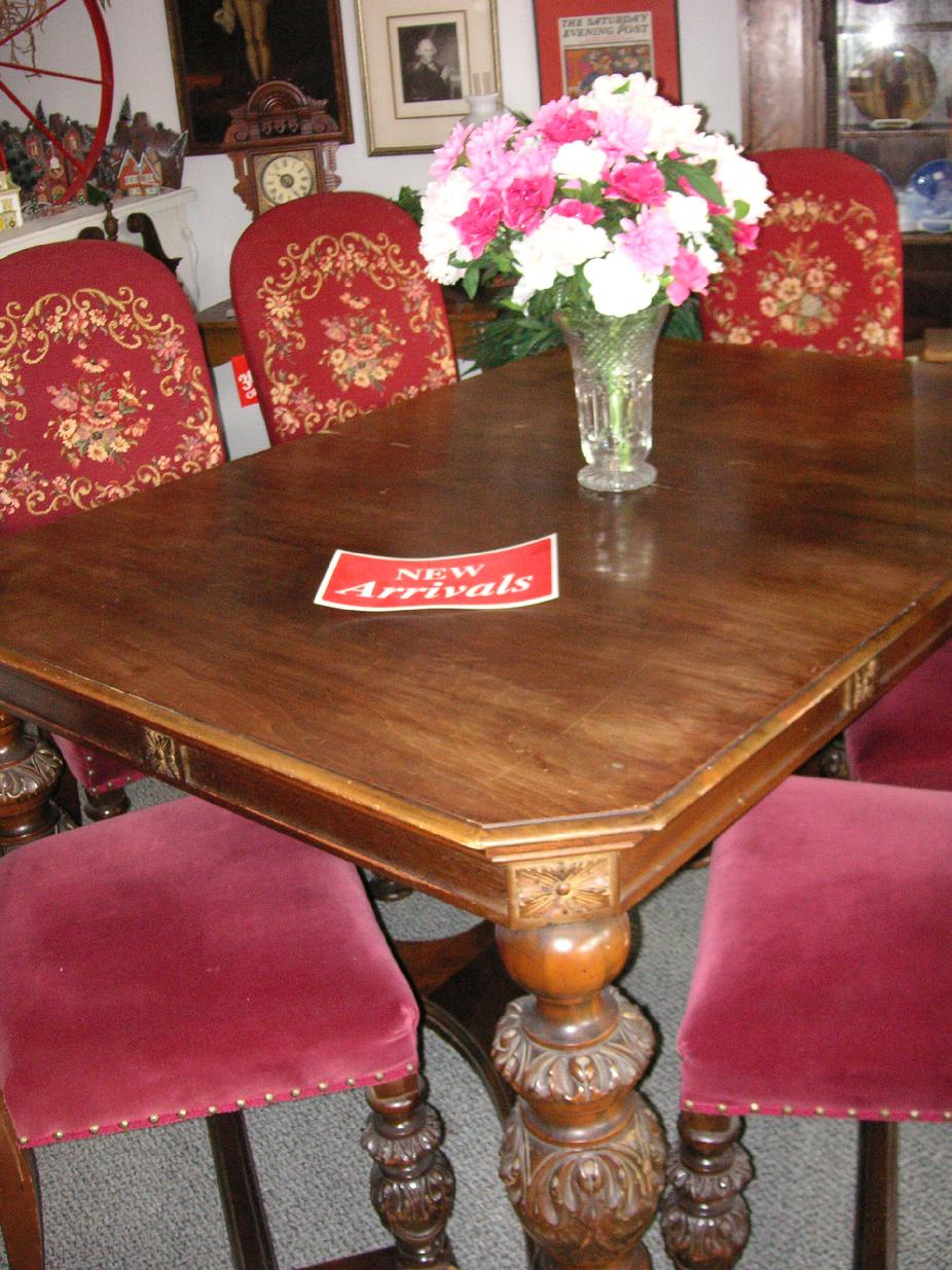 West Saint Paul Antiques Regarding Best And Newest Shaw Dining Tables, English Brown (View 17 of 25)