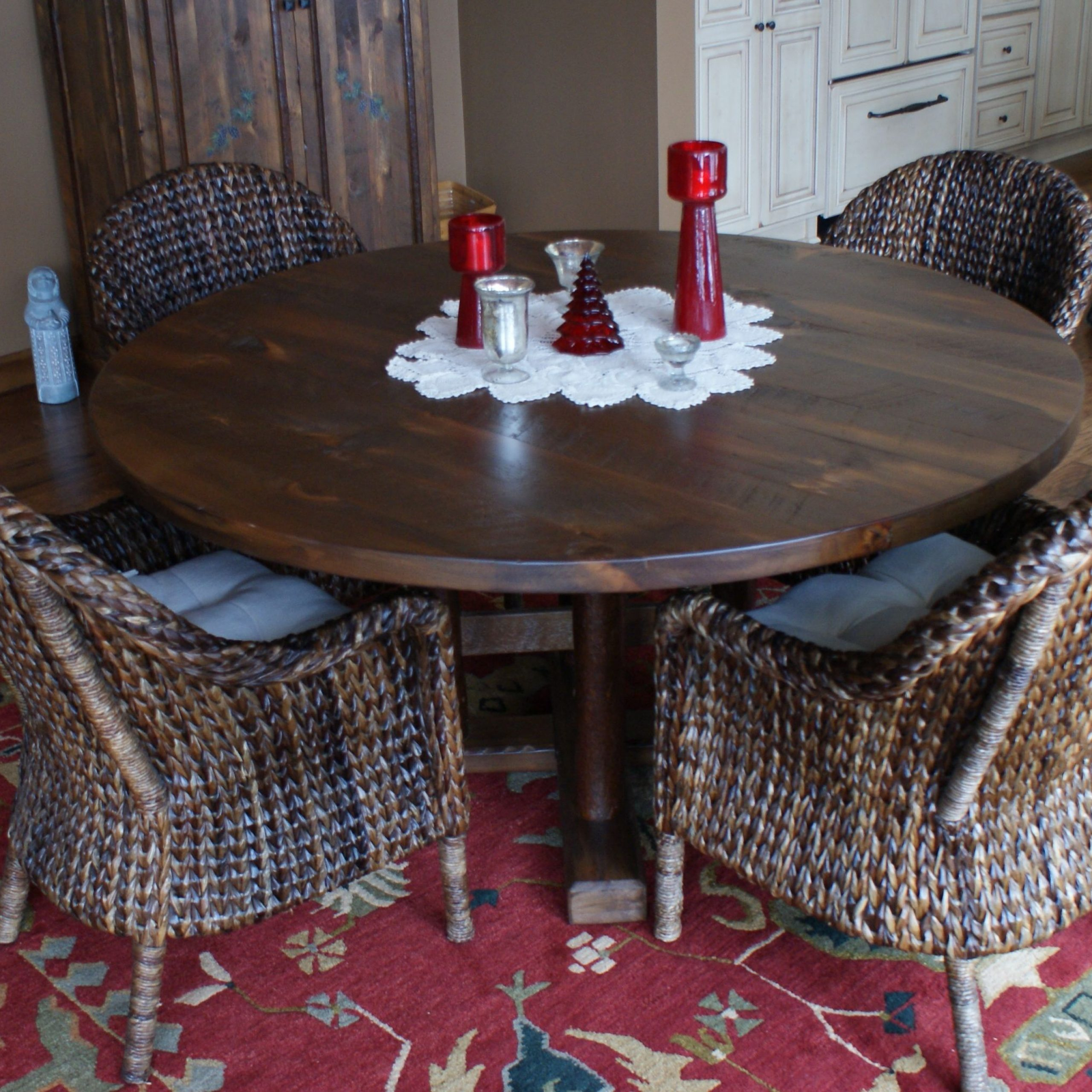 "White Pine 60"" Dia Dining Room Table With Mika Finish In Best And Newest Hearst Oak Wood Dining Tables (Image 24 of 25)"