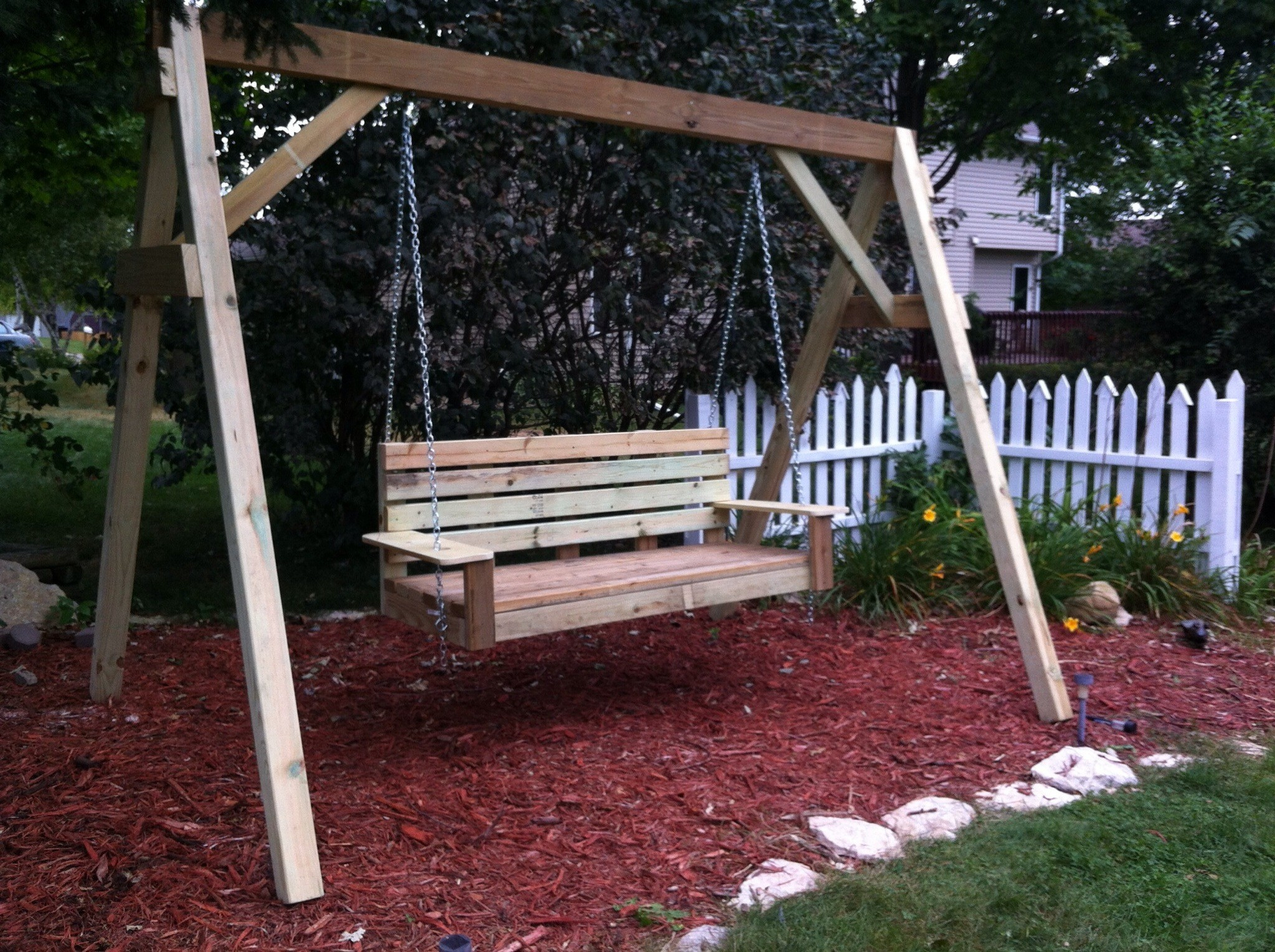 39+ Elegant Diy Outdoor Swings That No One Can Resist (Photo For Hardwood Hanging Porch Swings With Stand (View 11 of 25)