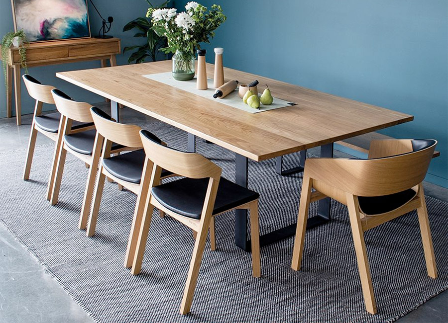 7 Recommended Oak Kitchen Table And Chairs To Choose – The Throughout Transitional 6 Seating Casual Dining Tables (Image 3 of 25)
