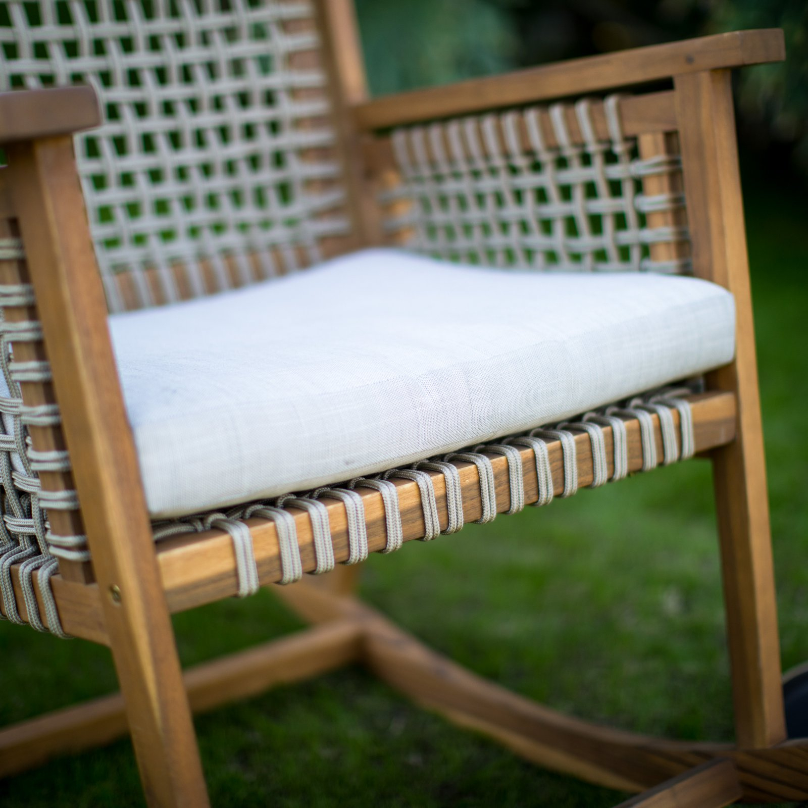 Belham Living Raeburn Rope And Wood Outdoor Rocking Chair For Dual Rider Glider Swings With Soft Touch Rope (View 23 of 25)