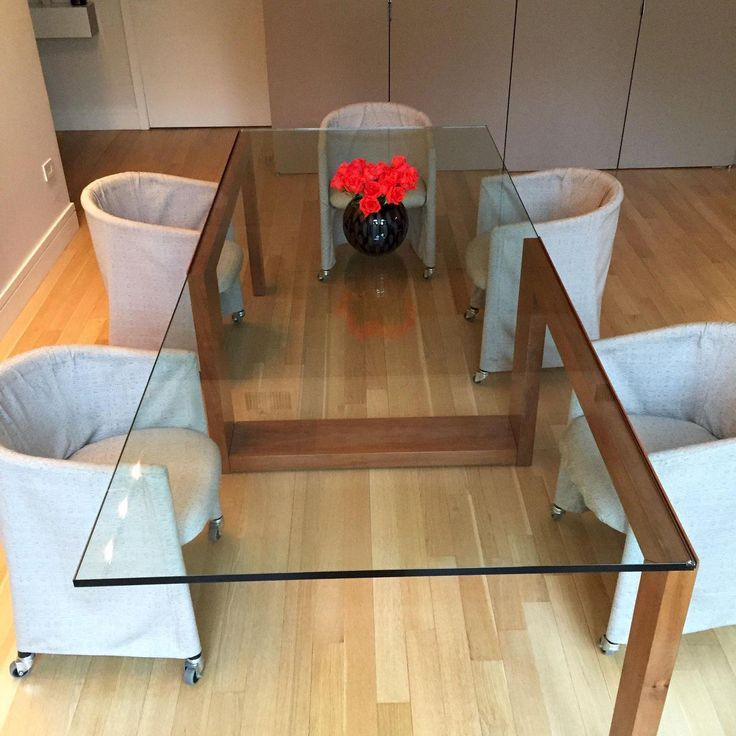 Bild Des Zeitgenössischen Glass Top Dining Table | Lv Condo Intended For Glass Top Condo Dining Tables (View 13 of 25)