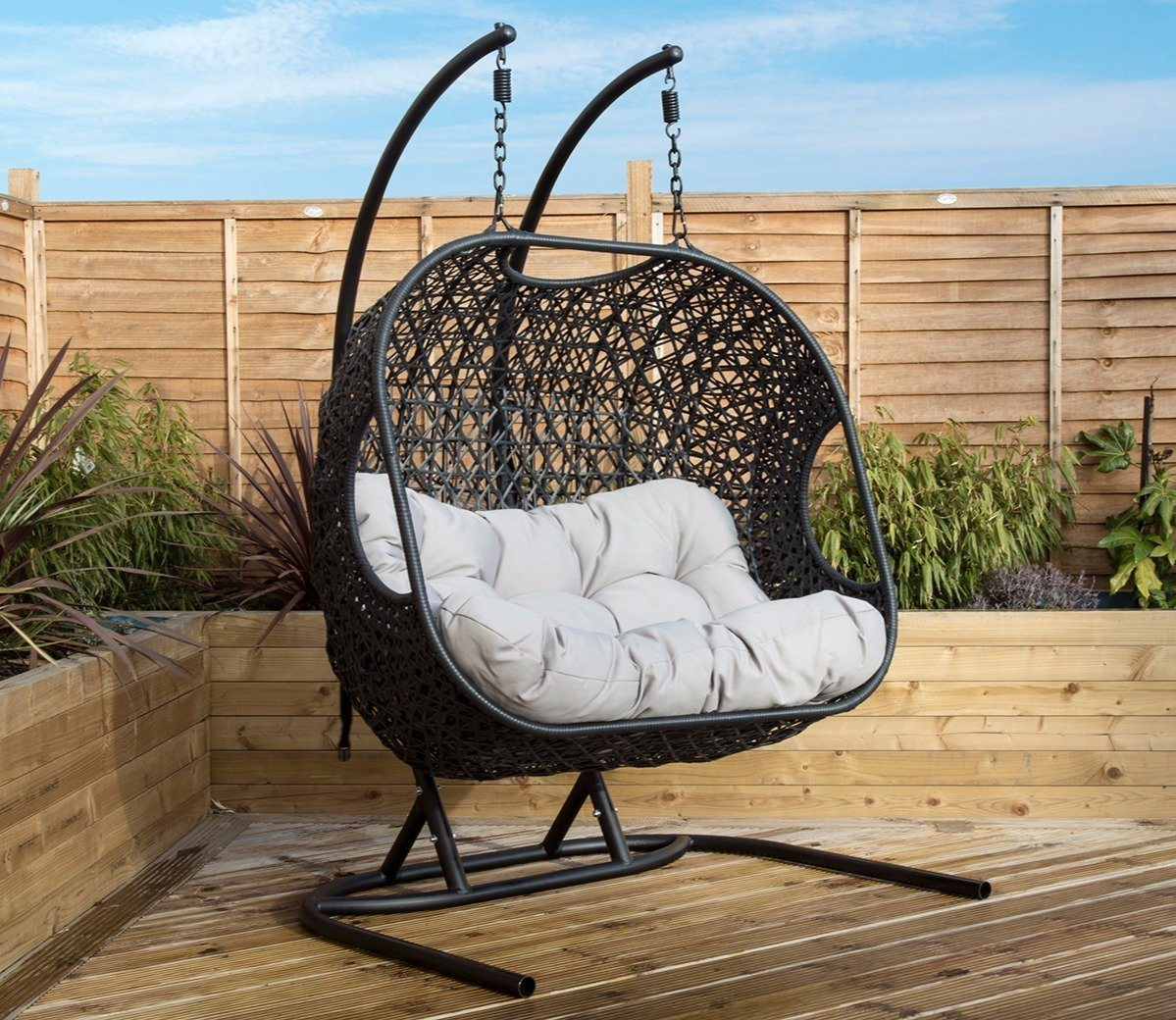 Featured Image of Rattan Garden Swing Chairs