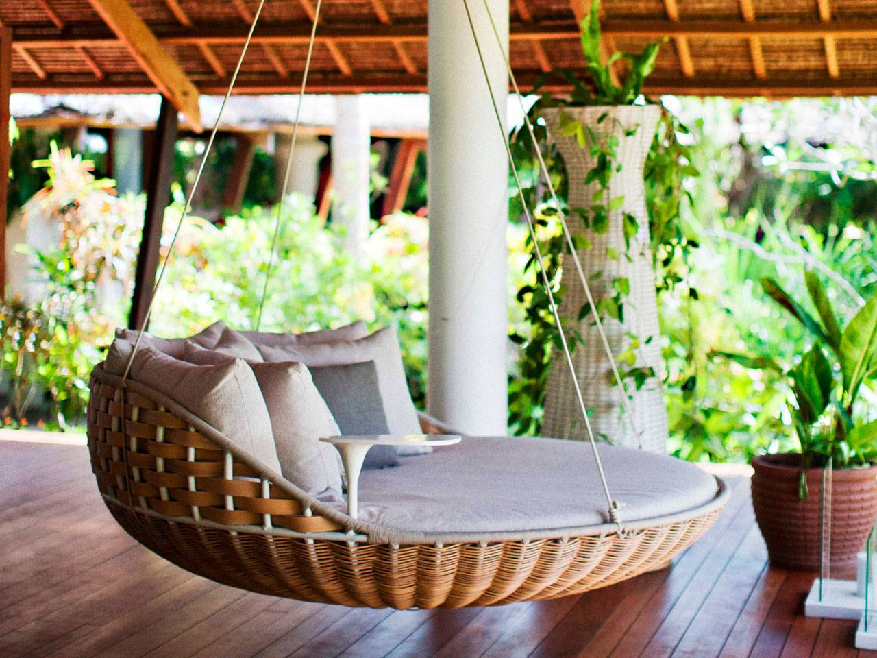 Cool And Simple Patio Swings Decoration – Interior Design Intended For Outdoor Porch Swings (View 4 of 25)
