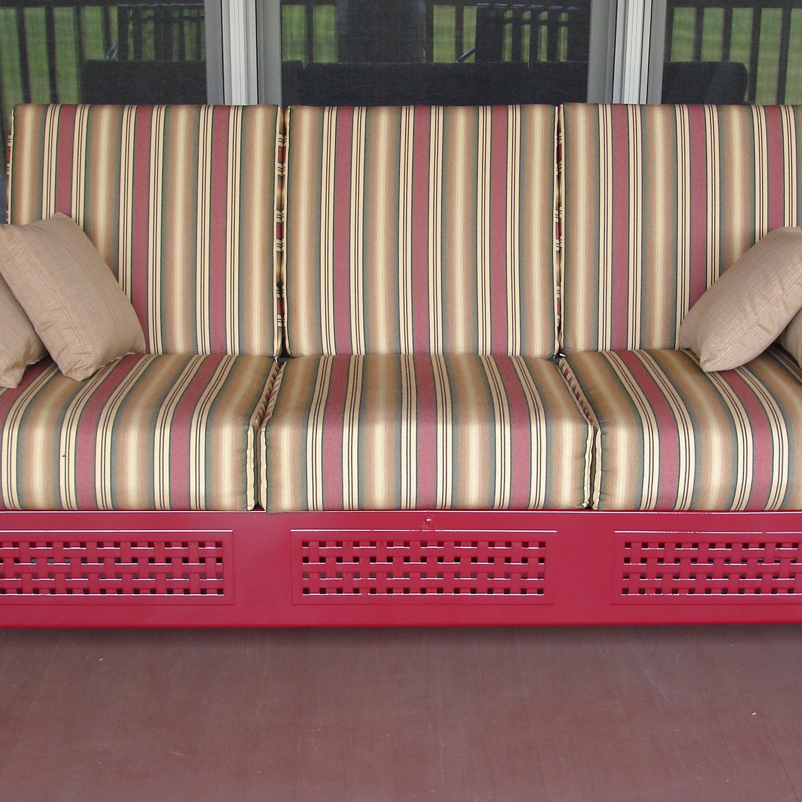 Decorating: Attractive Tropitone Furniture For Bed Patio And Pertaining To Cushioned Glider Benches With Cushions (View 16 of 27)