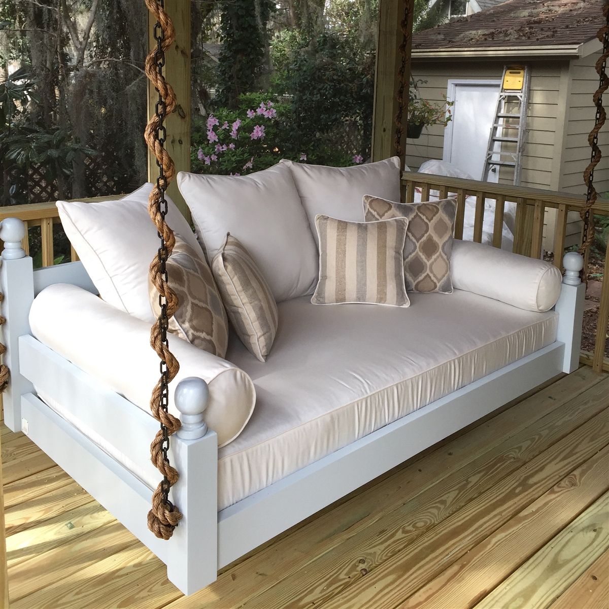 Great And Fun Ideas Porch Swing Bed Inside Country Style Hanging Daybed Swings (View 9 of 25)