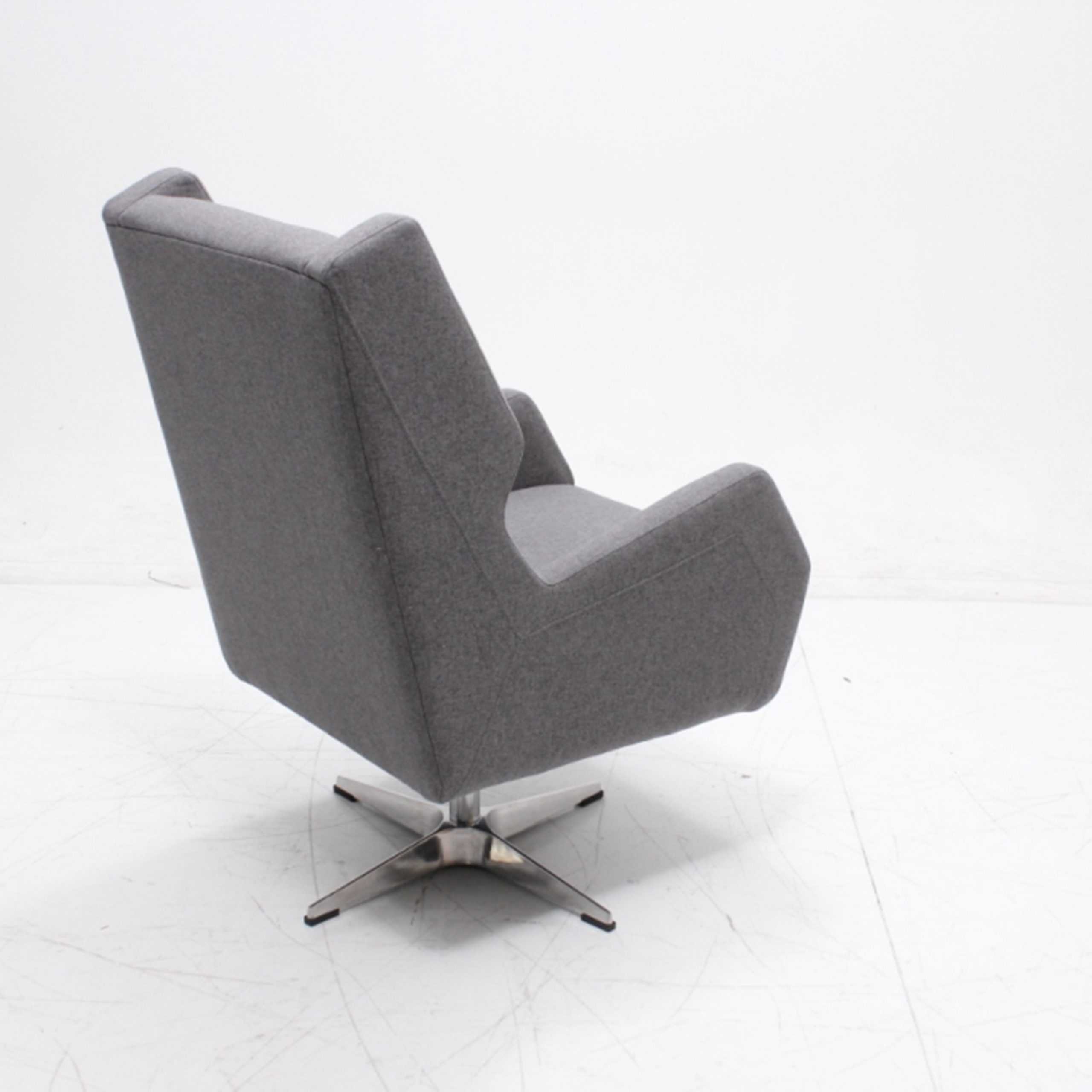 High Back Swivel Accent Chair Smooth Fluid Motion With Armrest Inside Woven High Back Swivel Chairs (Image 9 of 25)