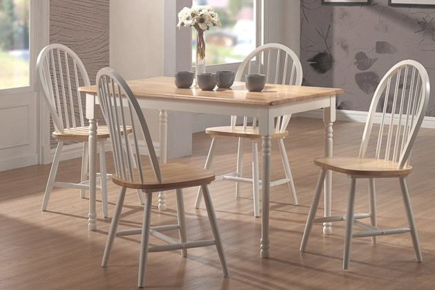 How To Buy A Dining Or Kitchen Table And Ones We Like For With Regard To 4 Seater Round Wooden Dining Tables With Chrome Legs (View 17 of 25)