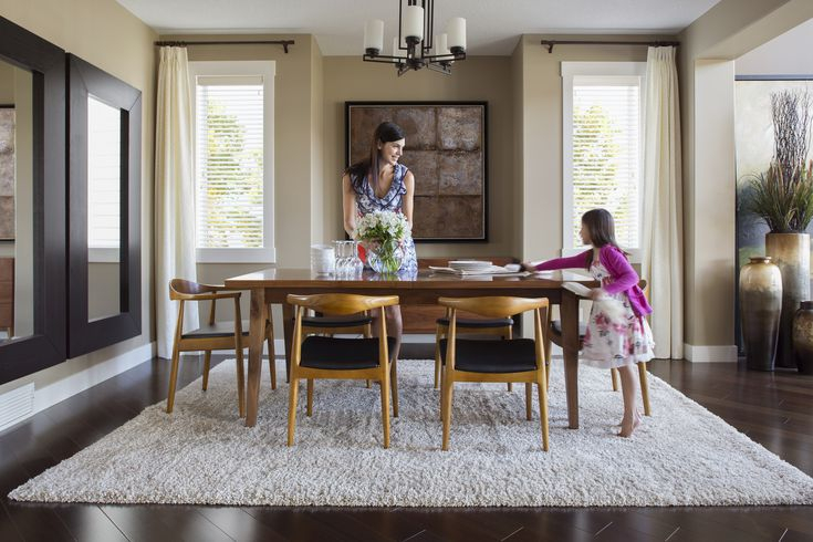 How To Choose Chairs For Your Dining Table Pertaining To Transitional 4 Seating Square Casual Dining Tables (View 8 of 25)
