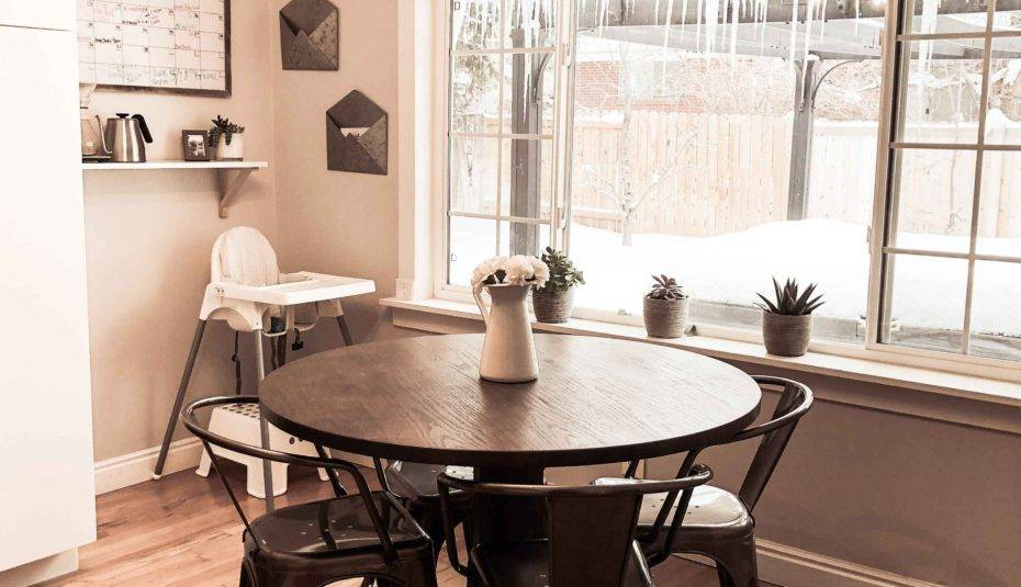 Scenic Black Round Dining Table Ideas Amusing Decorating With Regard To Bistro Transitional 4 Seating Square Dining Tables (View 21 of 25)