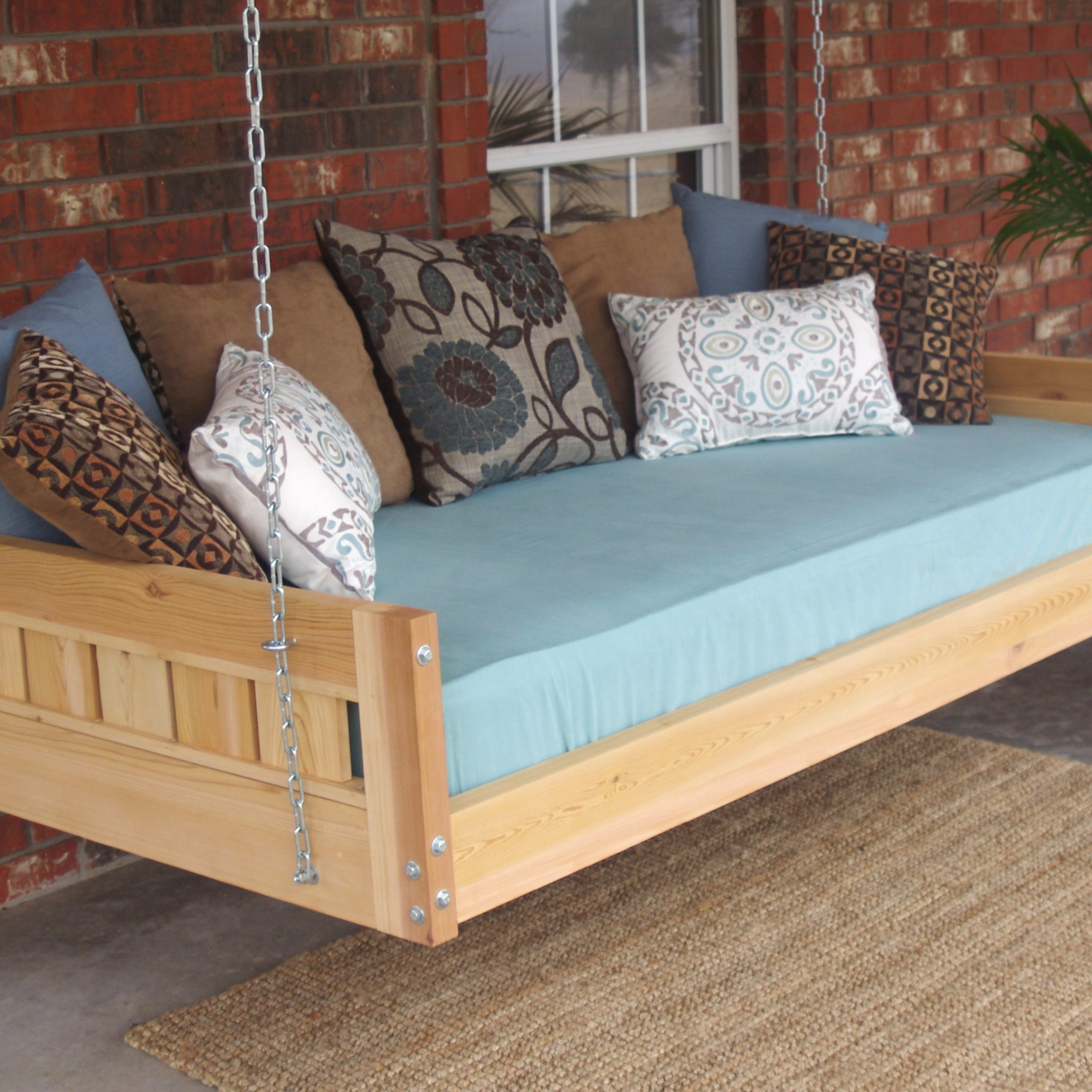Featured Image of Country Style Hanging Daybed Swings