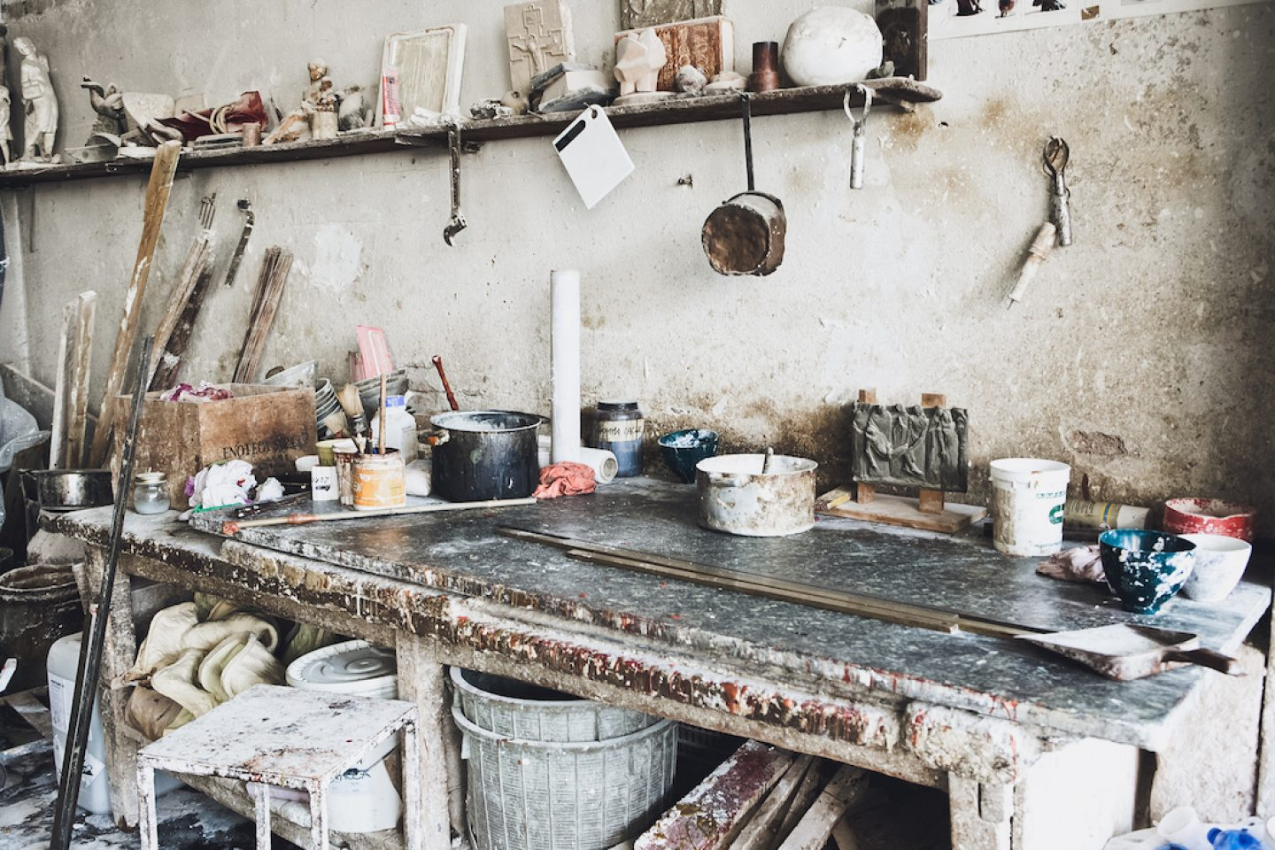 A Visit To The World'S Oldest Bronze Casting Foundry – Ignant With Beckemeyer Ceramic Garden Stools (View 18 of 25)