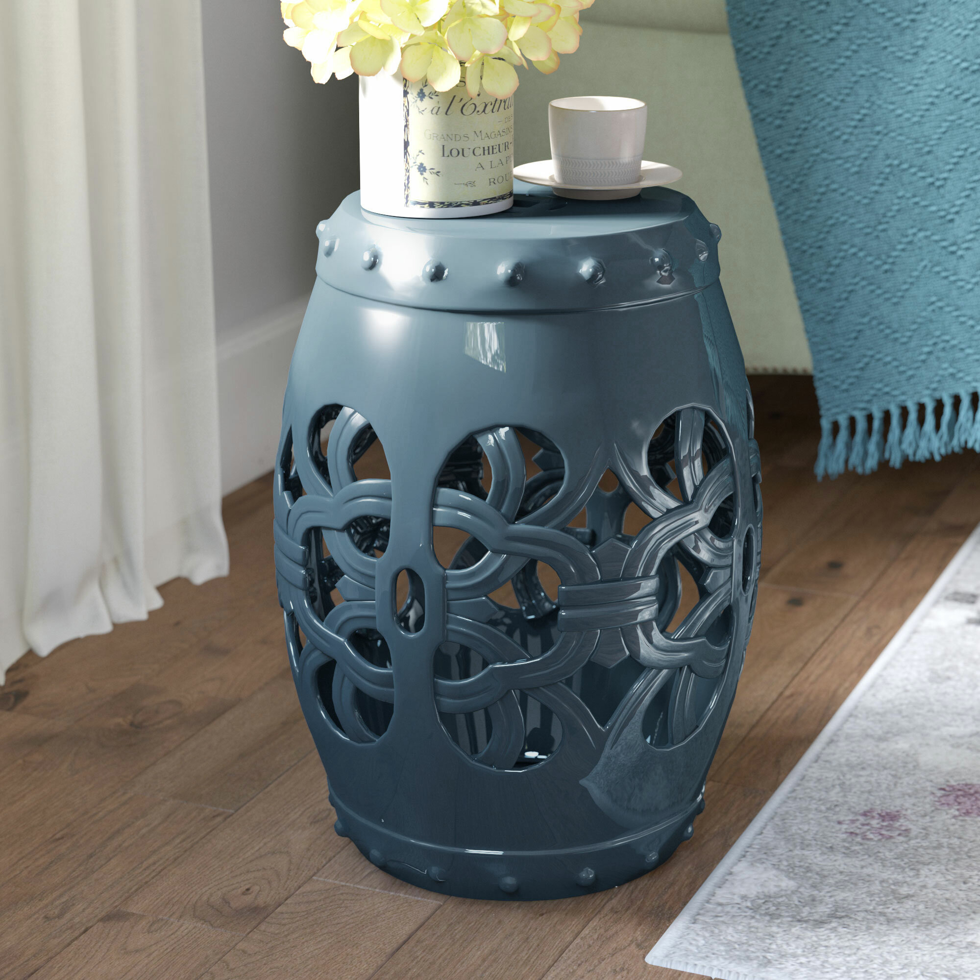 Featured Image of Amettes Garden Stools