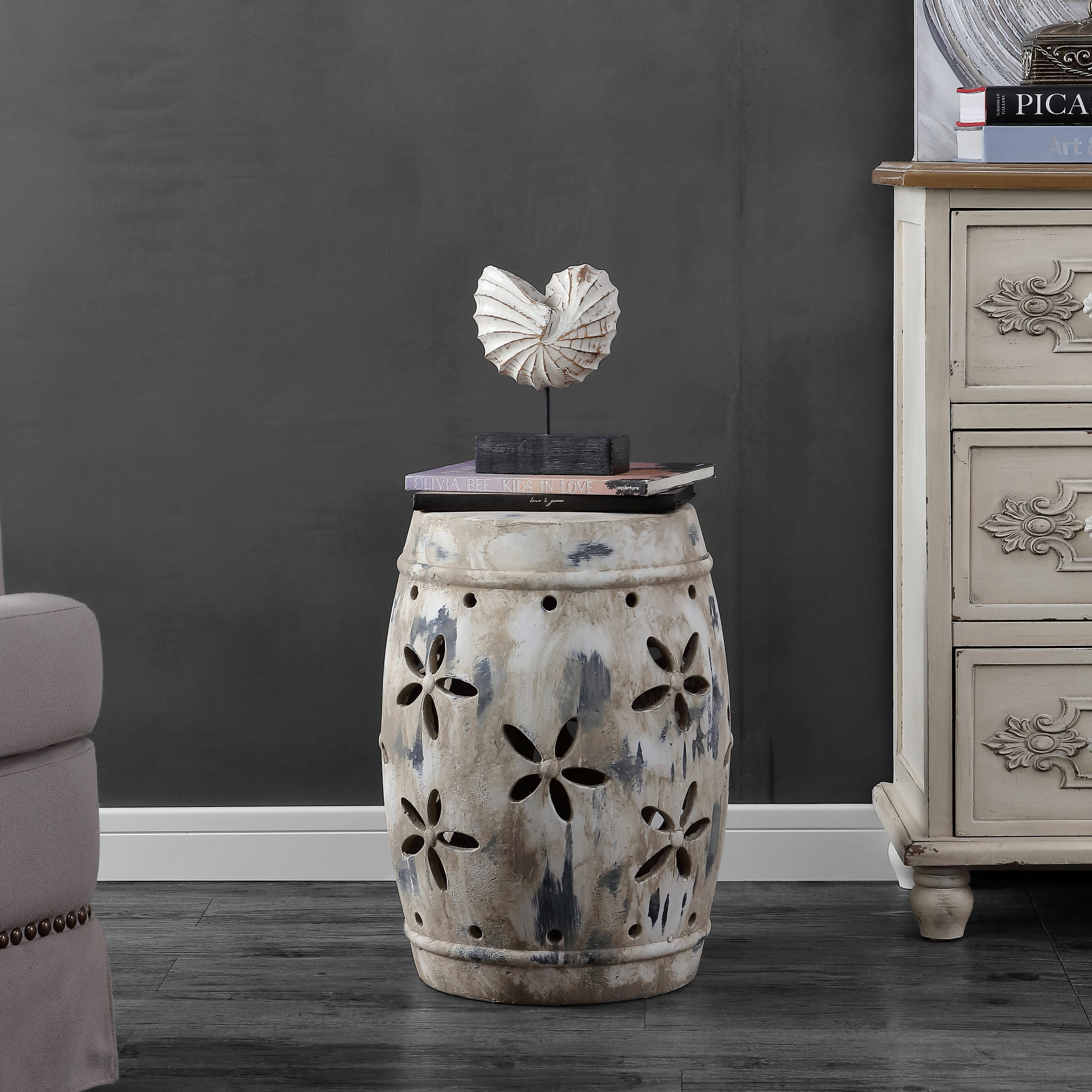 Featured Image of Tufan Cement Garden Stools