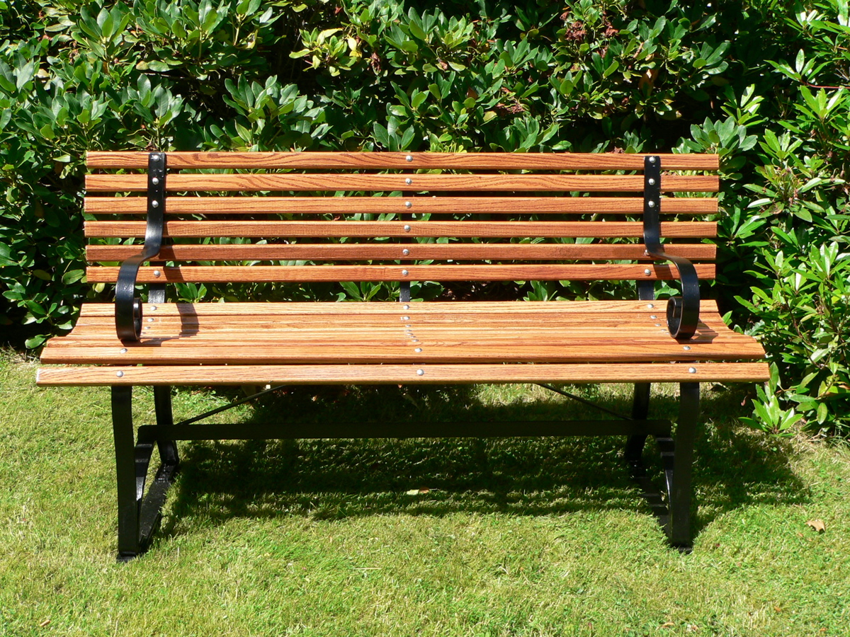 Bench (Furniture) – Wikipedia With Pauls Steel Garden Benches (View 8 of 25)