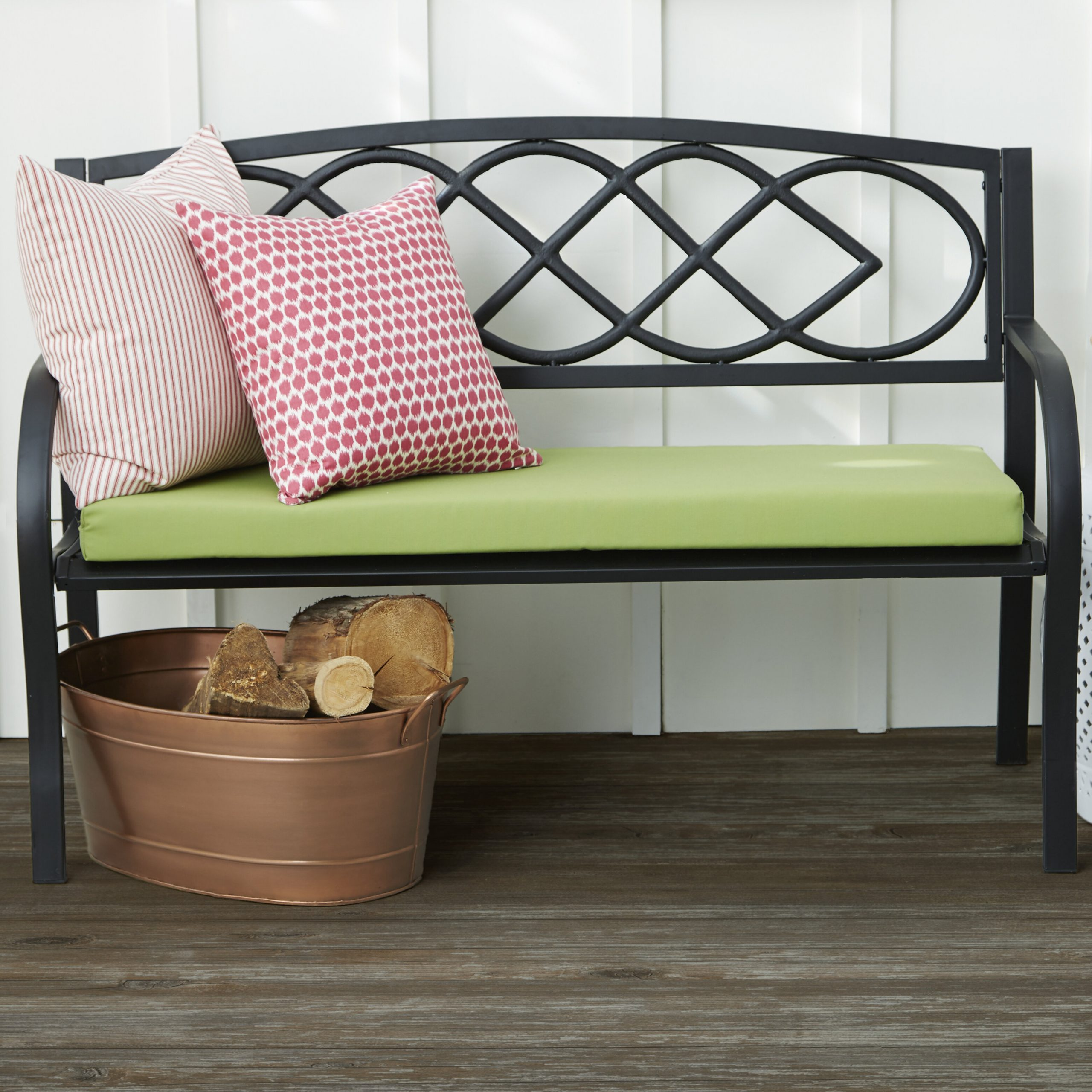 Featured Image of Celtic Knot Iron Garden Benches