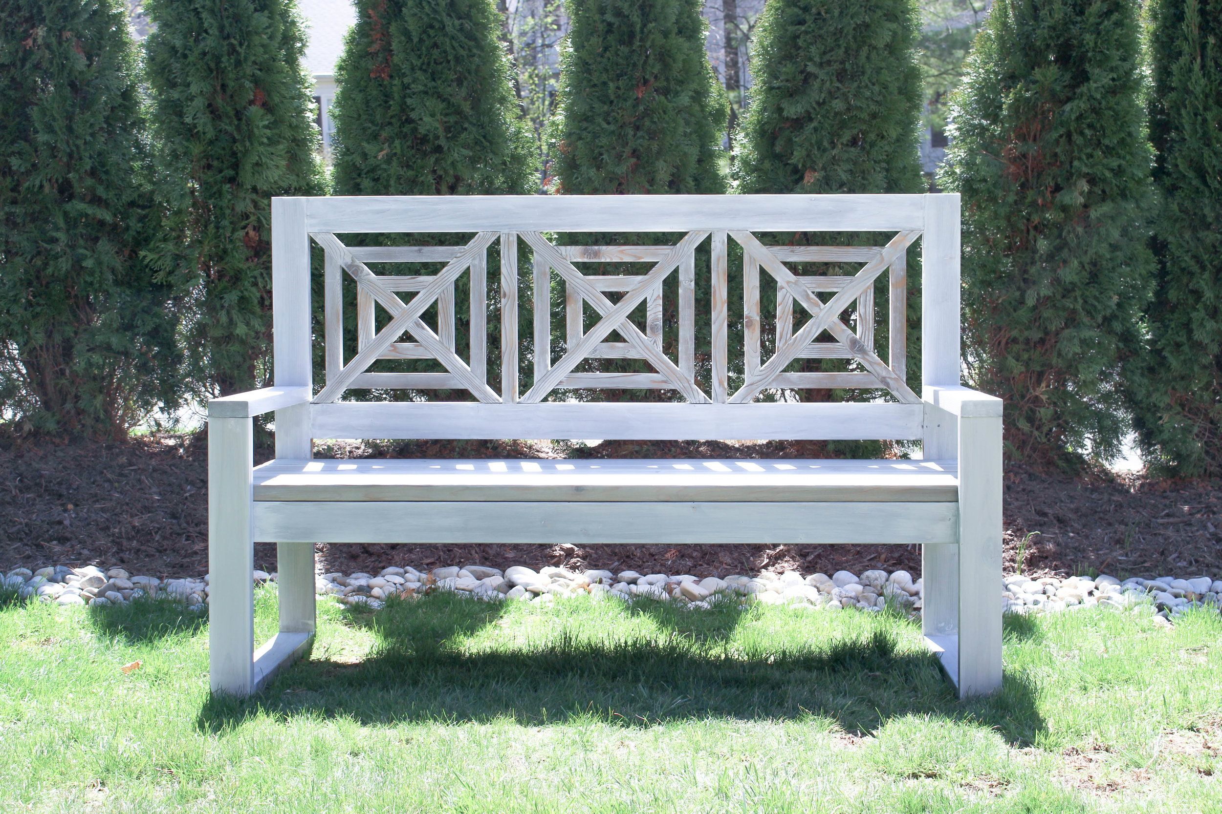 Diy Outdoor Modern Chippendale Bench (View 8 of 25)