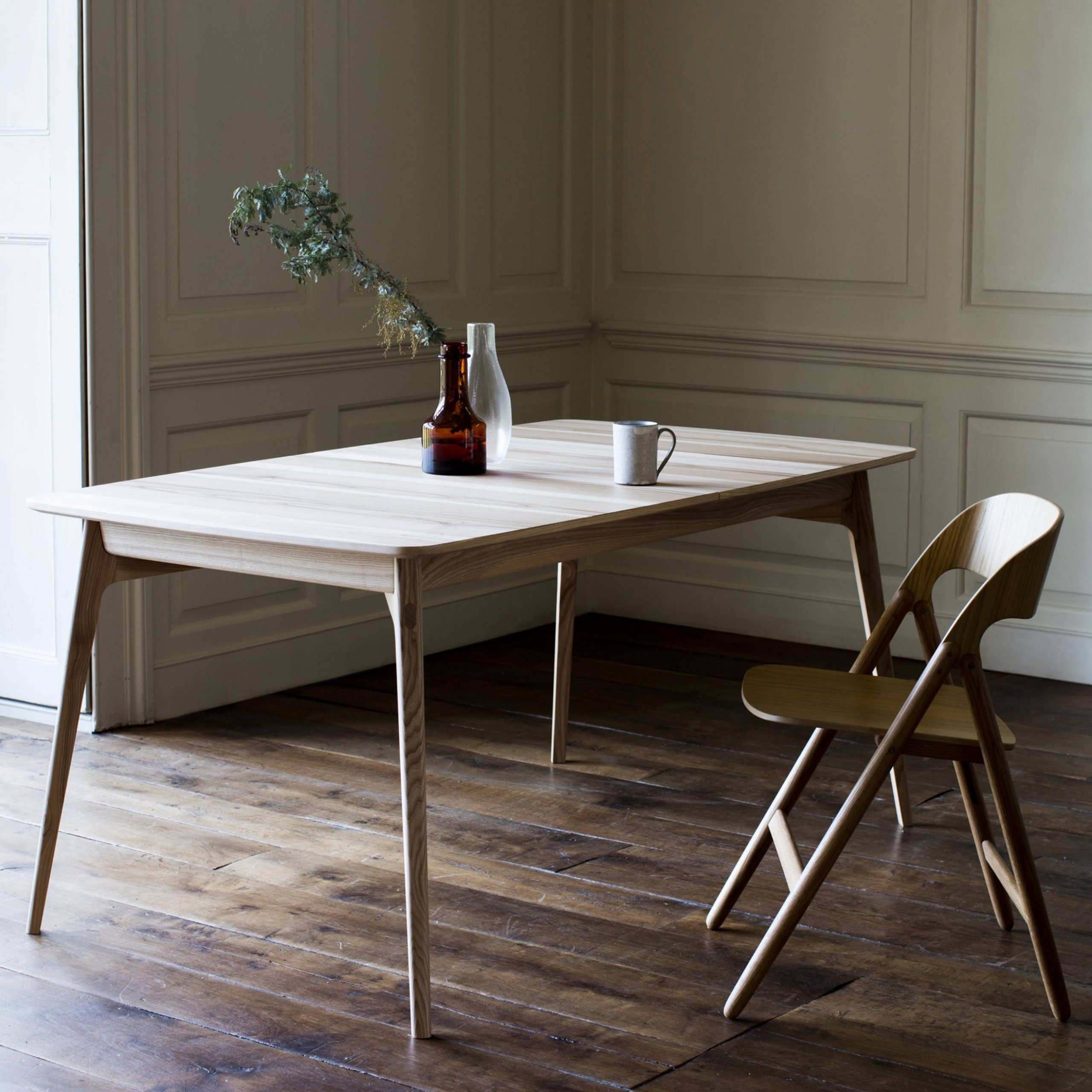 Dulwich Extending Table Inside Walnut Solid Wood Garden Benches (View 25 of 25)