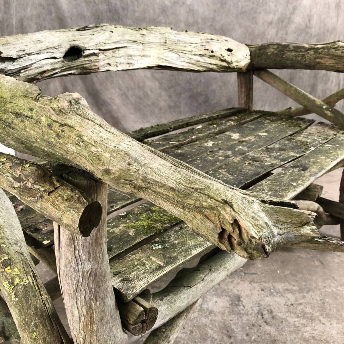 Garden Bench In Tree Branches – Espace Nord Ouest Regarding Tree Of Life Iron Garden Benches (View 18 of 25)