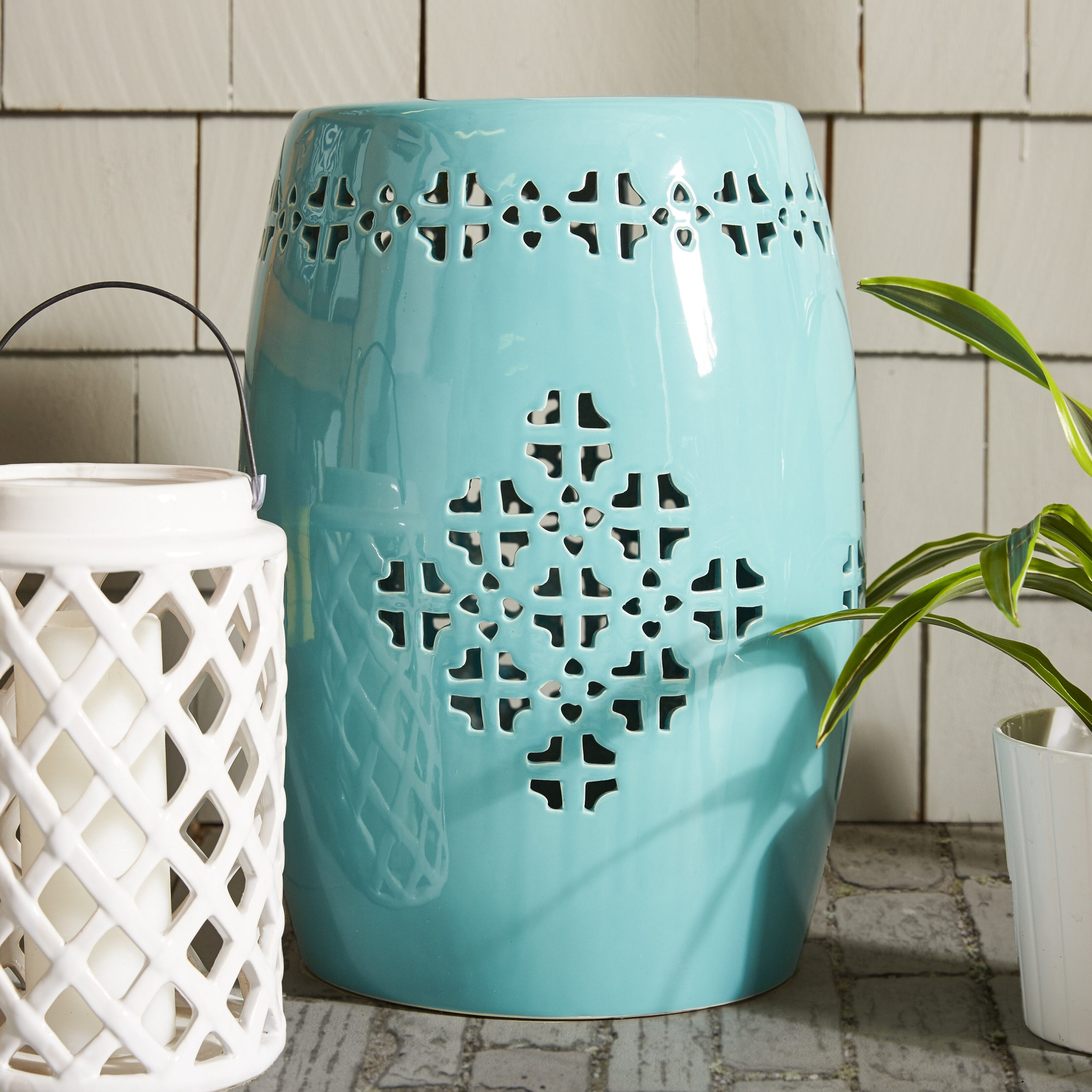 Lorelei Quatrefoil Garden Stool Regarding Canarsie Ceramic Garden Stools (View 9 of 25)