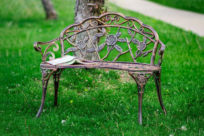 Shatley Rose Metal Garden Bench With Montezuma Cast Aluminum Garden Benches (View 25 of 25)