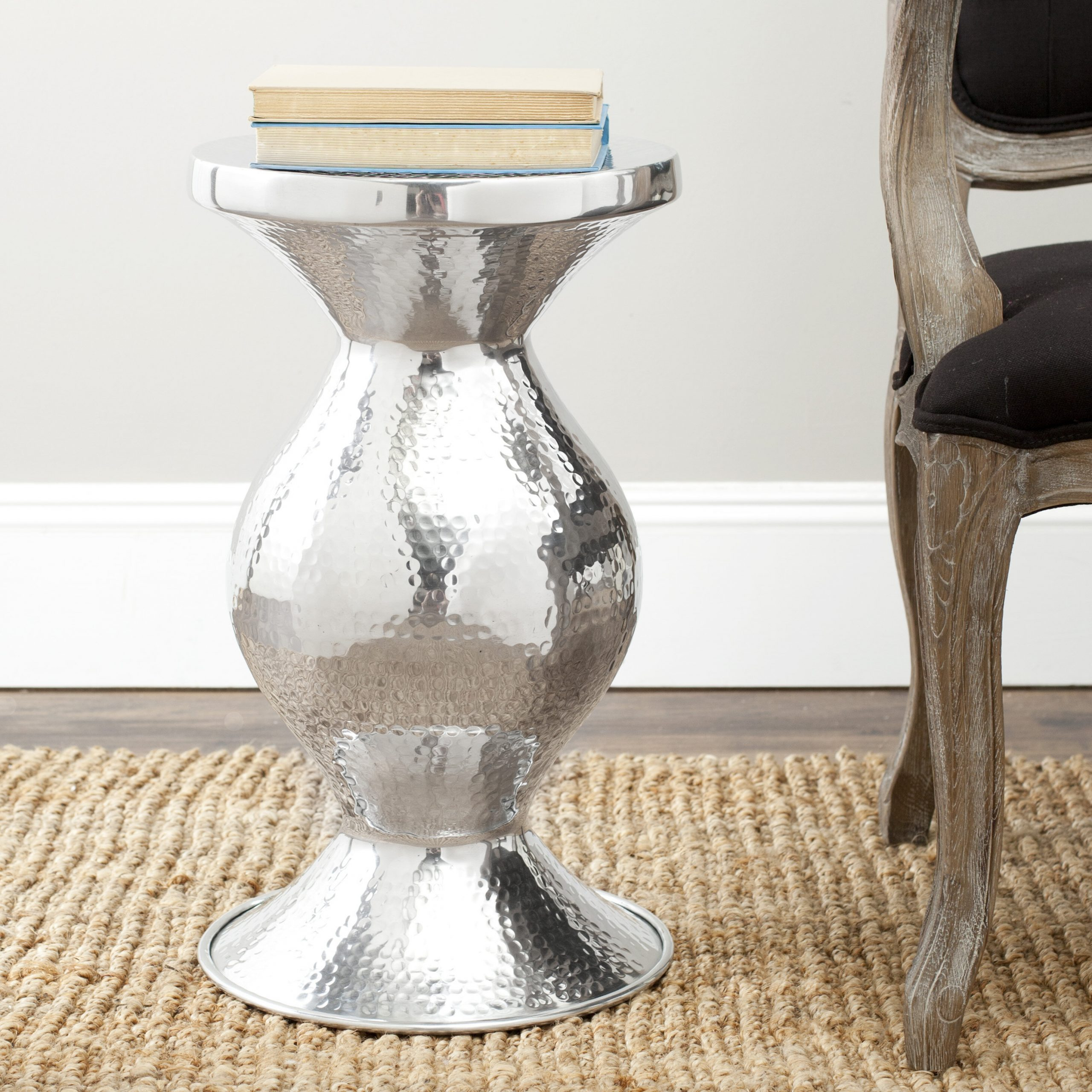 Silverd Metal Accent Stool For Carmon Ceramic Garden Tool (View 21 of 25)