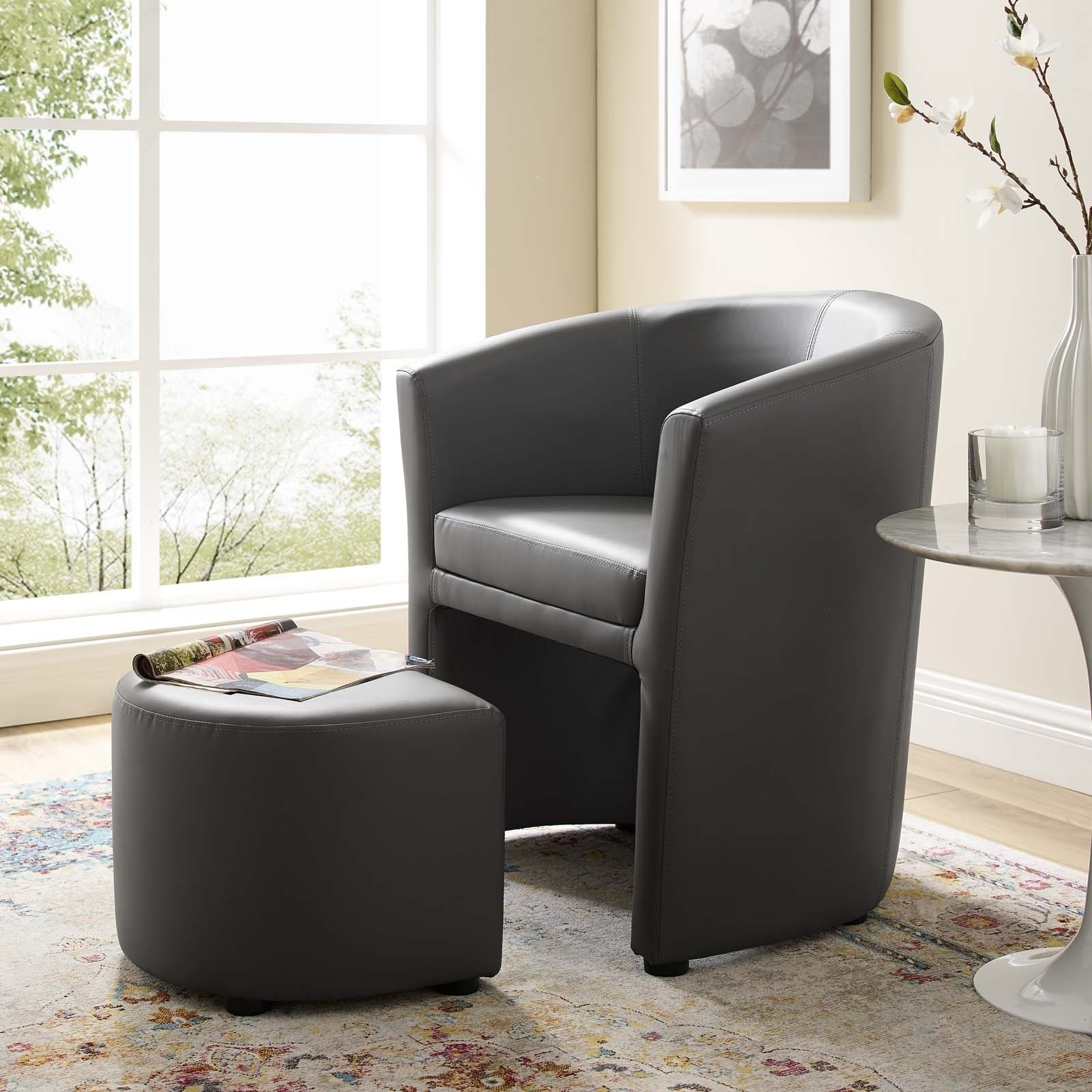 Divulge Modern Leatherette Armchair And Ottoman Pertaining To Modern Armchairs And Ottoman (View 15 of 15)