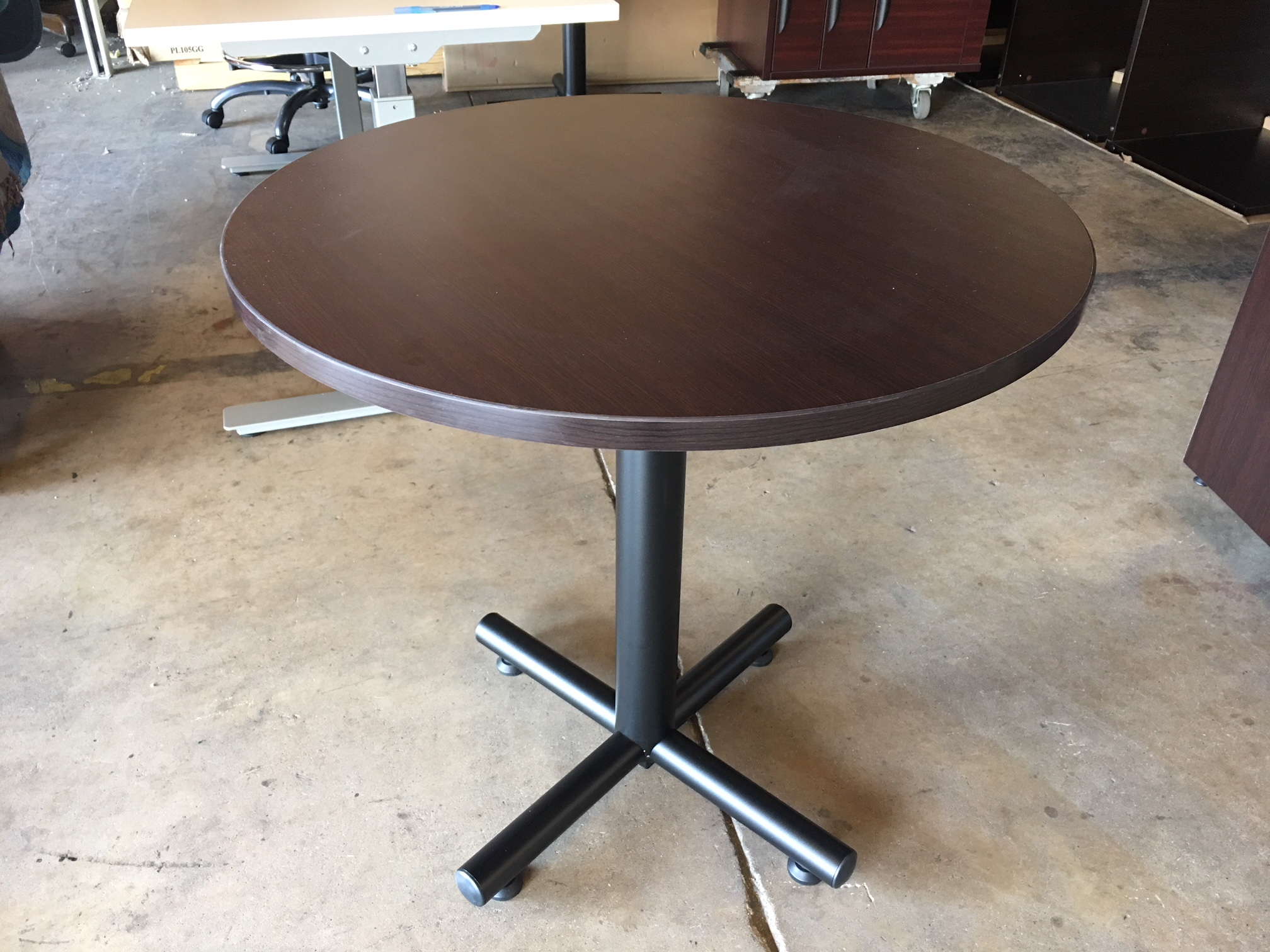 Featured Image of Collis Round Glass Breakroom Tables