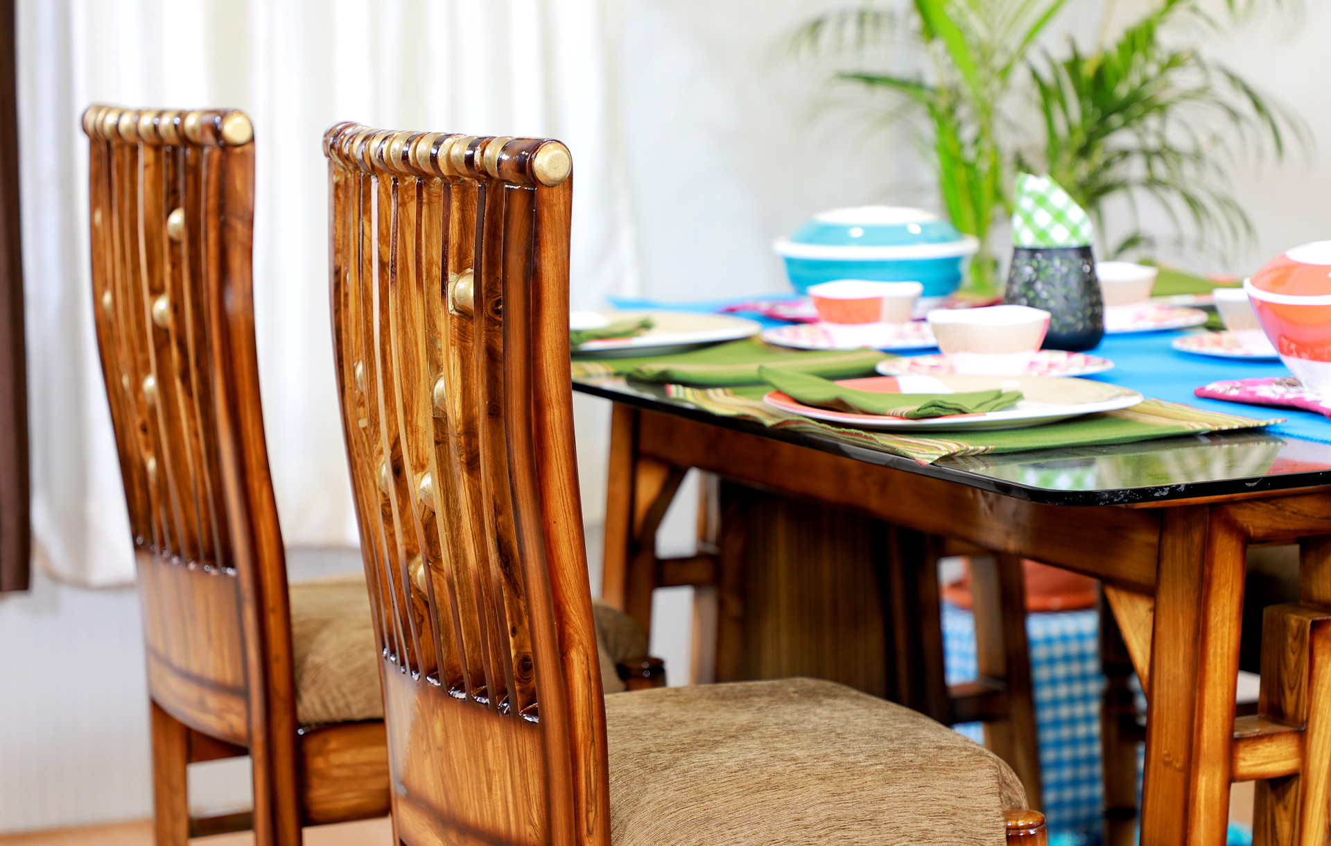 Dinign Table    Saaj With Latest Naz  (View 13 of 15)