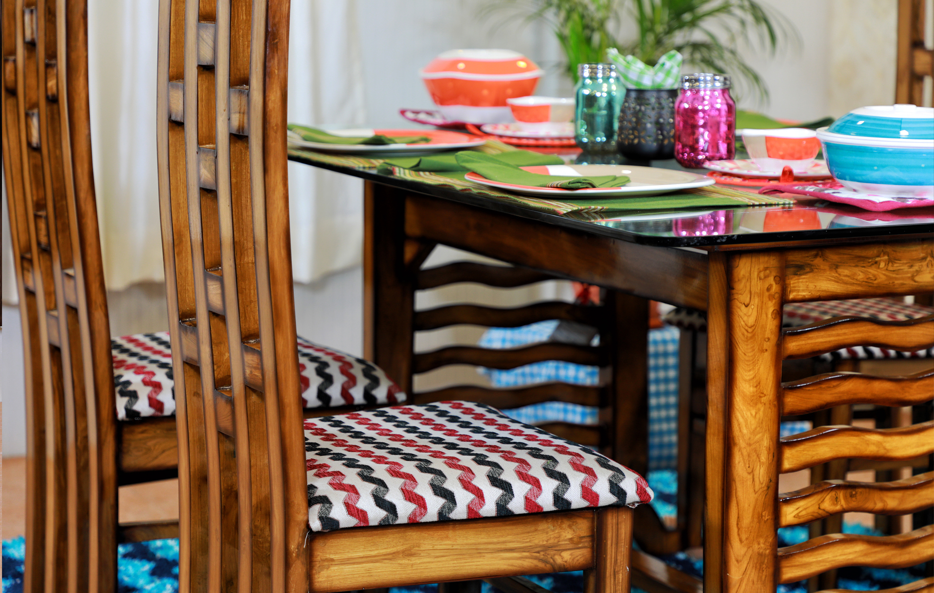 Dinign Table    Saaj Within Most Recently Released Naz  (View 8 of 15)