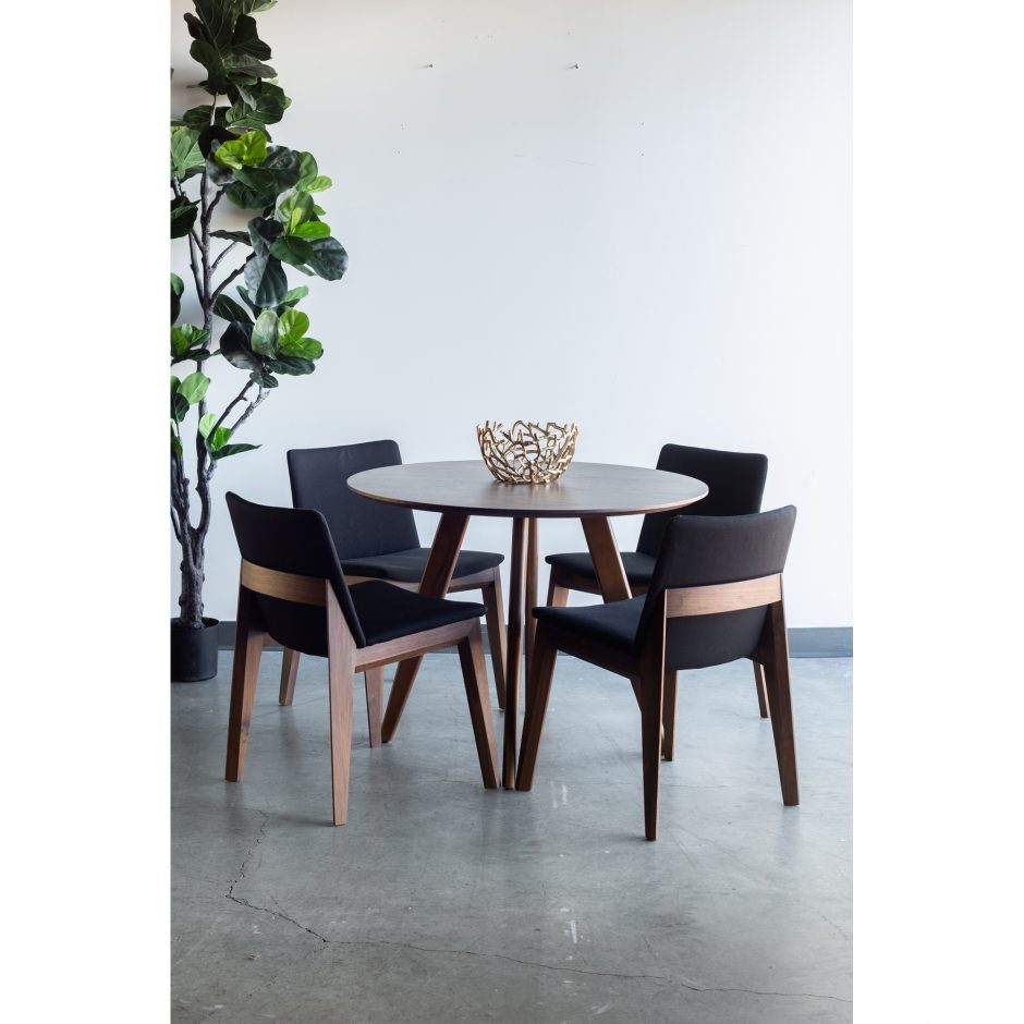 Dover Small 39″ Round Walnut Dining Tablemoe'S Home Pertaining To Latest Yaqub 39'' Dining Tables (View 7 of 15)