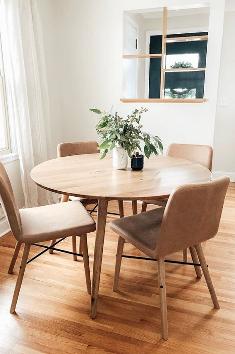 Find Out: 15 Modern Round Dining Table Design Ideas Regarding 2018 Neves 43'' Dining Tables (View 12 of 15)