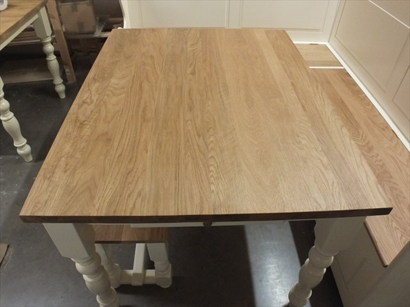 Hampshire/ Regency Painted 44'' X 32'' Dining/ Kitchen Throughout Newest Mcmichael 32'' Dining Tables (View 2 of 15)