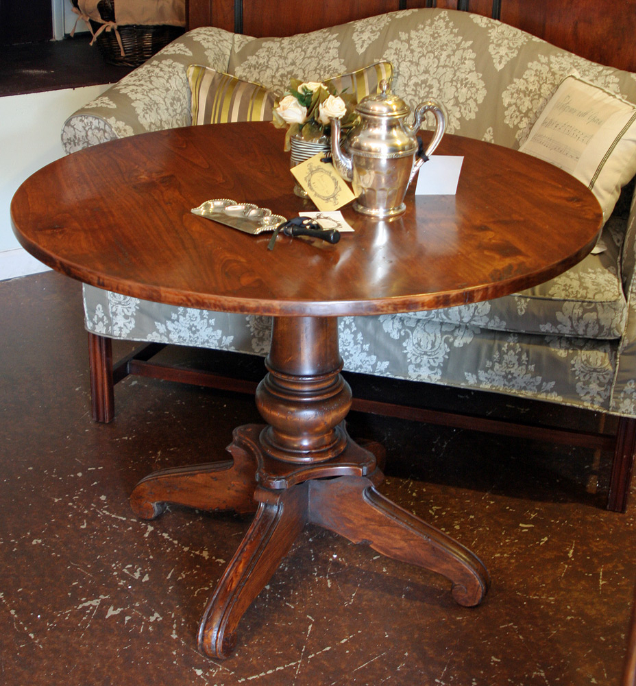 Impressive 40 Round Dining Table Offering An Amusing With Latest Nashville 40'' Pedestal Dining Tables (View 10 of 15)