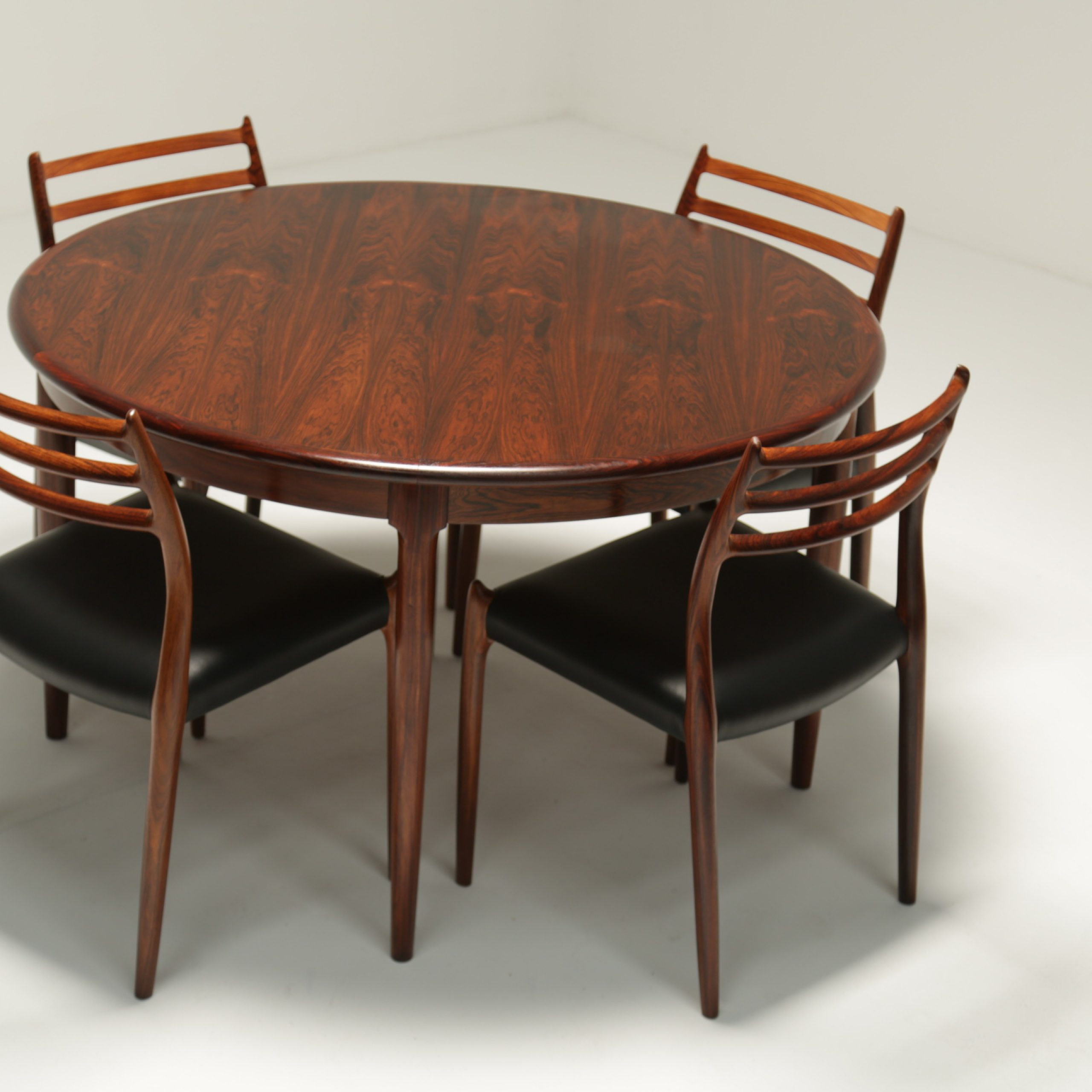 Niels Moller Rosewood Dining Table Model 15 With Butterfly Throughout Most Recent Warnock Butterfly Leaf Trestle Dining Tables (View 10 of 15)