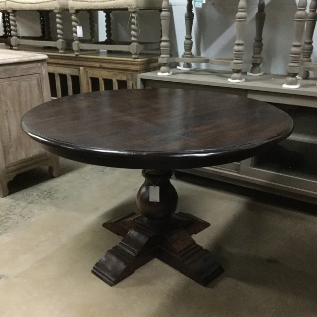 Featured Image of Nashville 40'' Pedestal Dining Tables