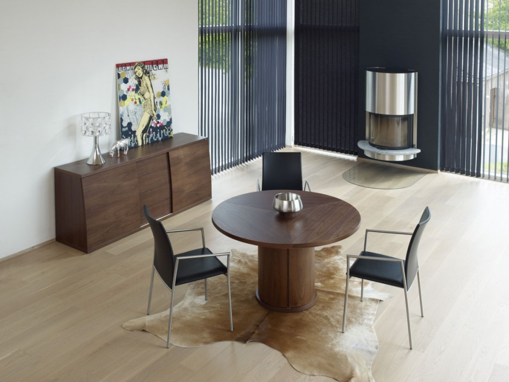 Skovby Sm 32 Expandable Round Table – The Century House Inside Most Up To Date Mcmichael 32'' Dining Tables (View 13 of 15)