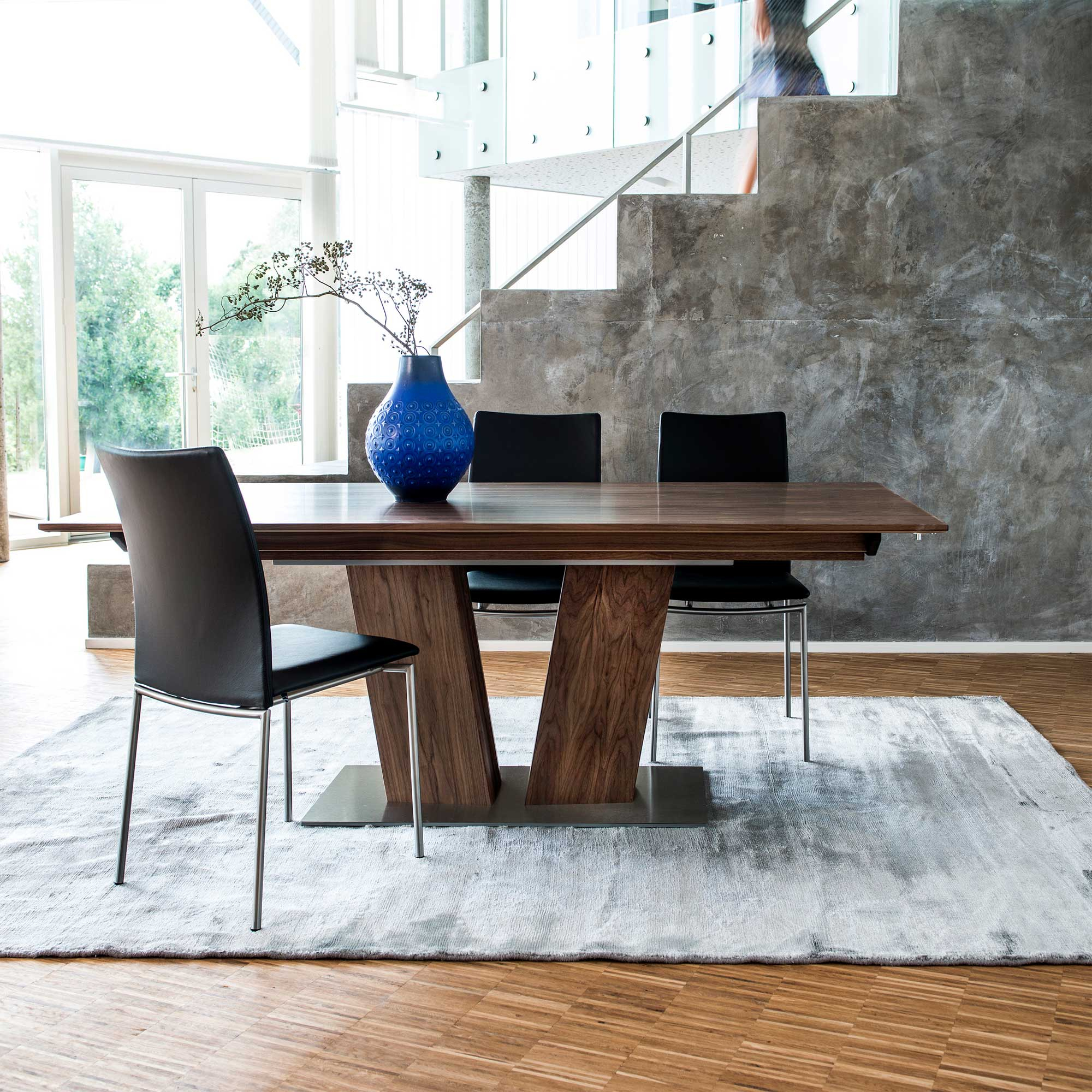 Featured Image of Gorla 39'' Dining Tables