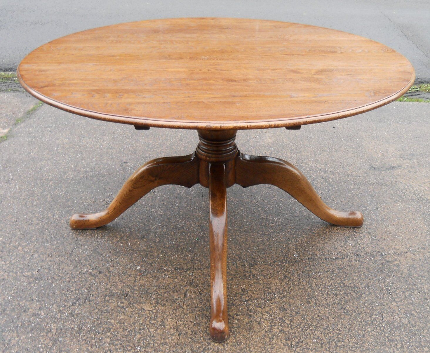 Sold – Large Round Oak Pedestal Dining Table To Seat Eight Pertaining To Recent Kirt Pedestal Dining Tables (View 11 of 15)