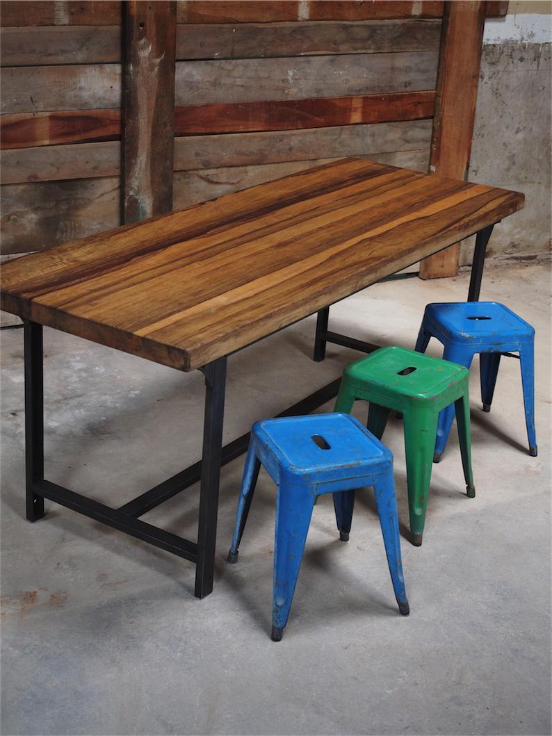 """Table Ou Bureau Metal Industriel Militaire Plateau Bois Massif Inside Recent Mode 72"""" L Breakroom Tables (View 12 of 15)"""