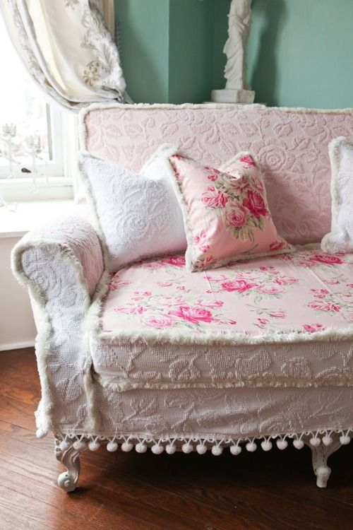 159 Best French Country, Shabby Chic & Cottage Style Sofas With Regard To Country Cottage Sofas And Chairs (View 8 of 15)
