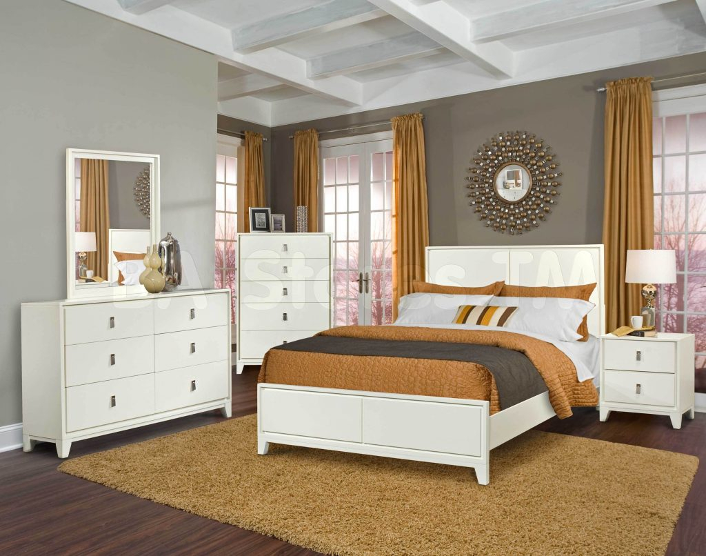 17 Timeless Bedroom Designs With Wooden Furniture For With Regard To Bedroom Sofas And Chairs (View 6 of 15)