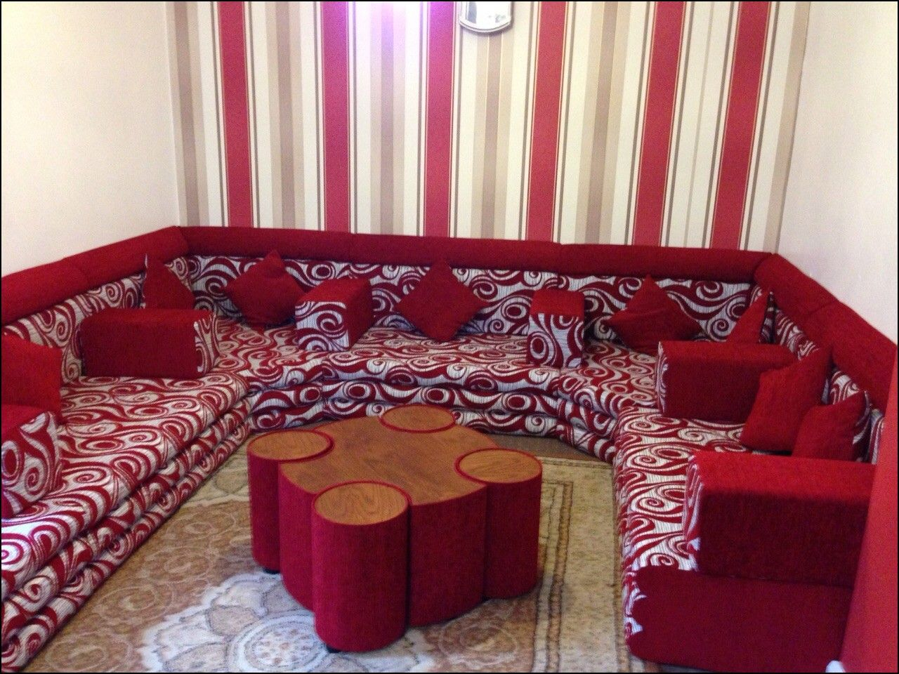 Arab Style Couches   Old Fashioned House, Home Decor Within Old Fashioned Sofas (View 12 of 15)