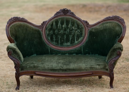 Best Of Antique Couch, Sofa And Settee Styles – Bring Back With Regard To Old Fashioned Sofas (View 8 of 15)