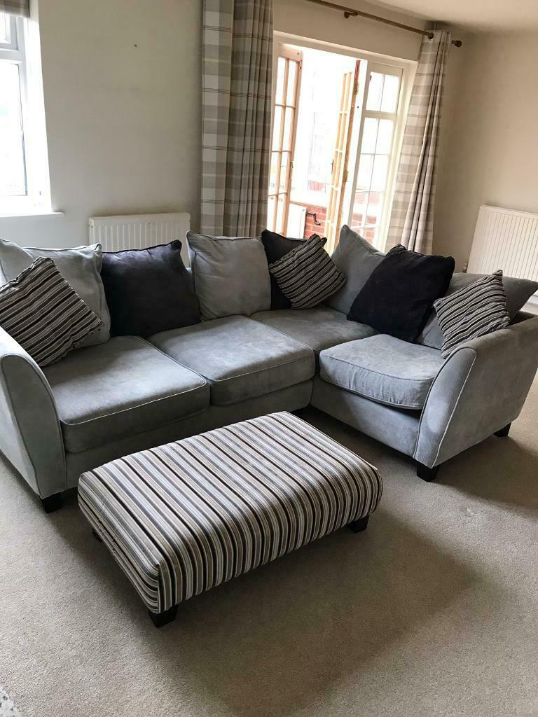 Canterbury Corner Sofa With Footstool | In Aylesbury Inside Canterbury Leather Sofas (View 9 of 12)