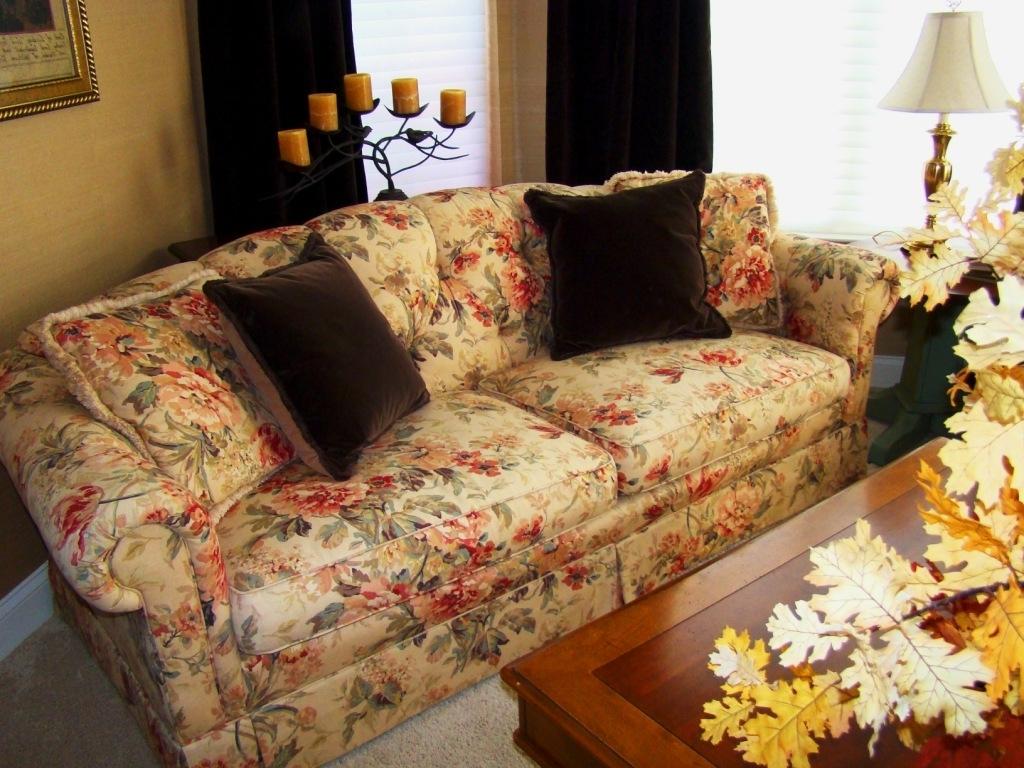 Clayton Marcus Sofas Clayton Marcus Sofa Selections – Thesofa For Chintz Floral Sofas (View 4 of 15)