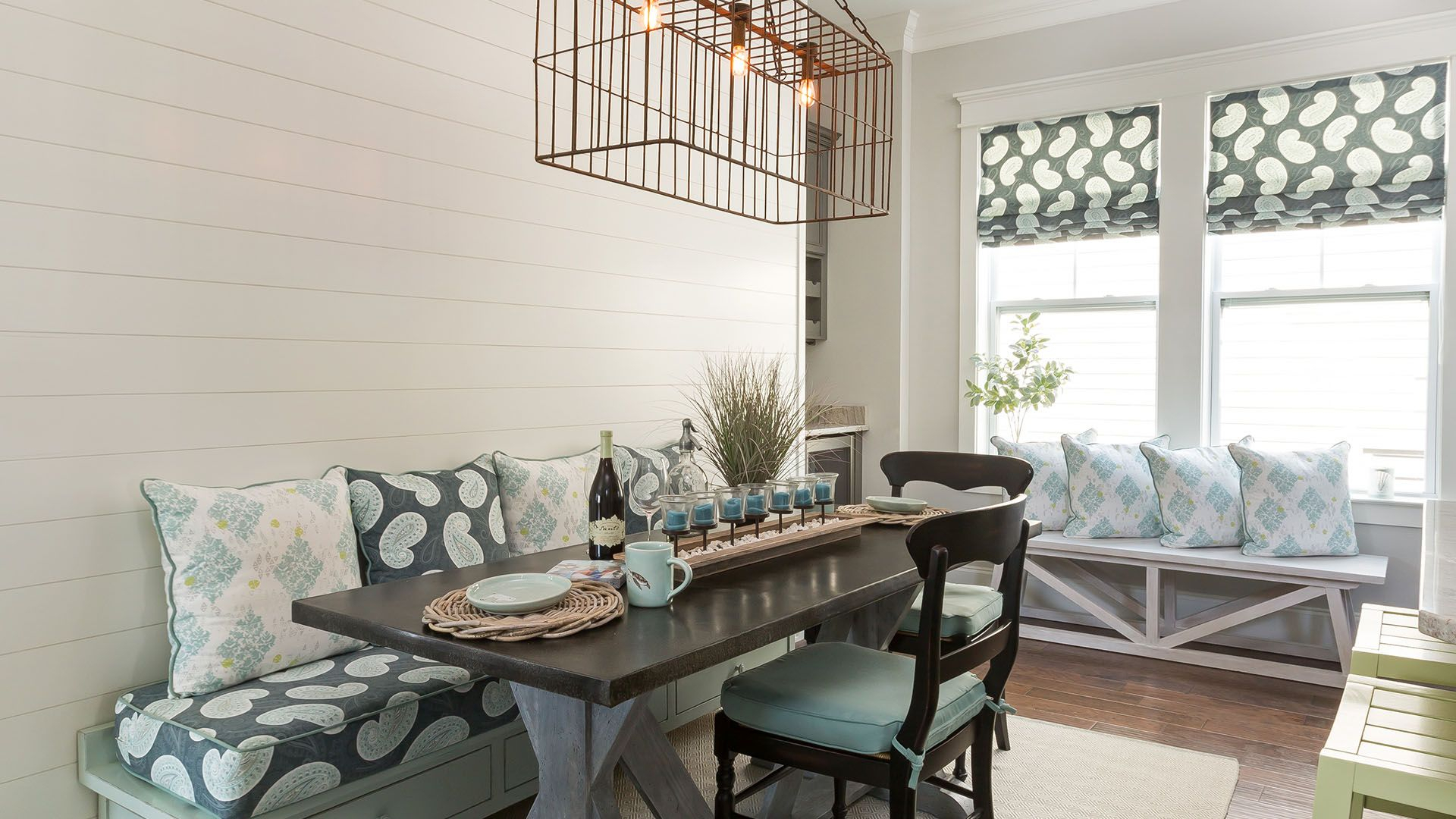 Coastal Cottage Design   Coralberry Cottage Furniture Pertaining To Cottage Style Sofas And Chairs (View 12 of 15)