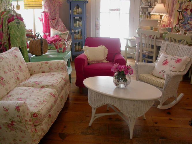 Country Cottage Furniture, Shabby Chic Overstuffed Floral Pertaining To Country Cottage Sofas And Chairs (View 6 of 15)